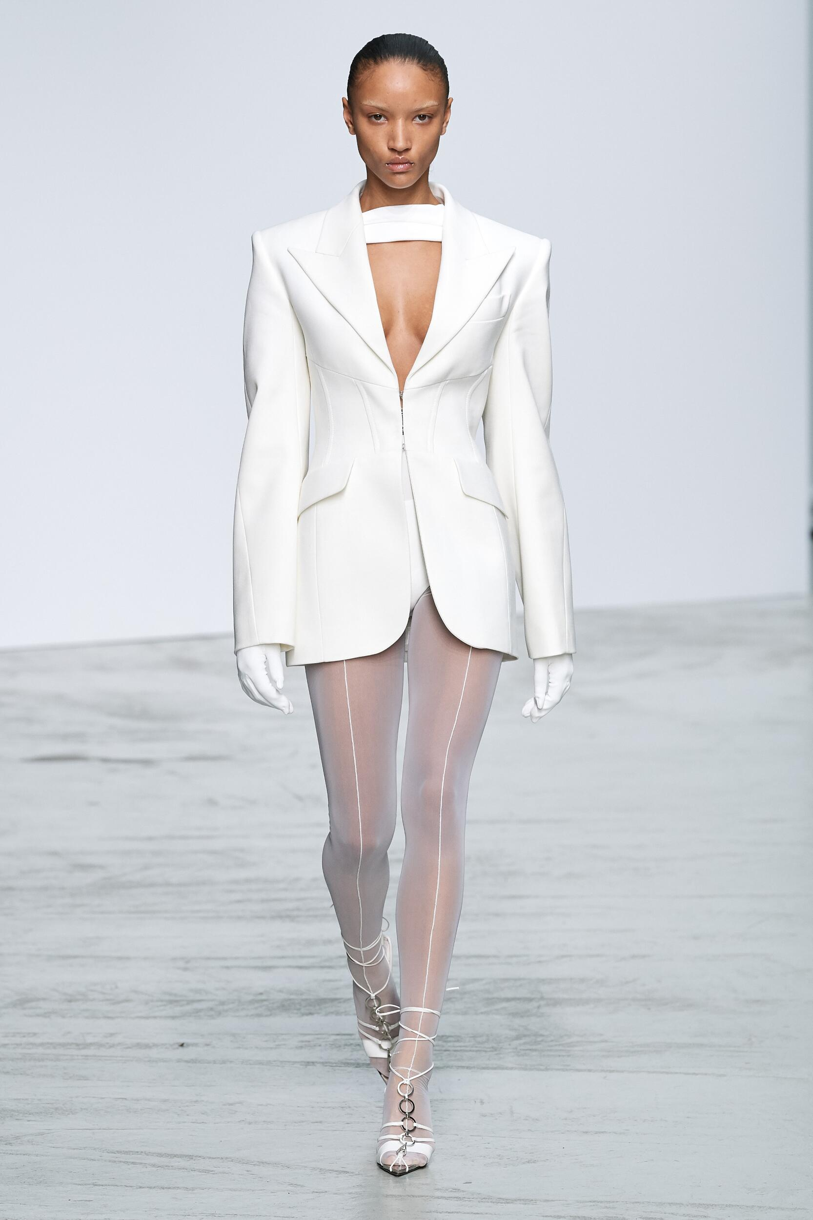 Model Fashion Show Mugler