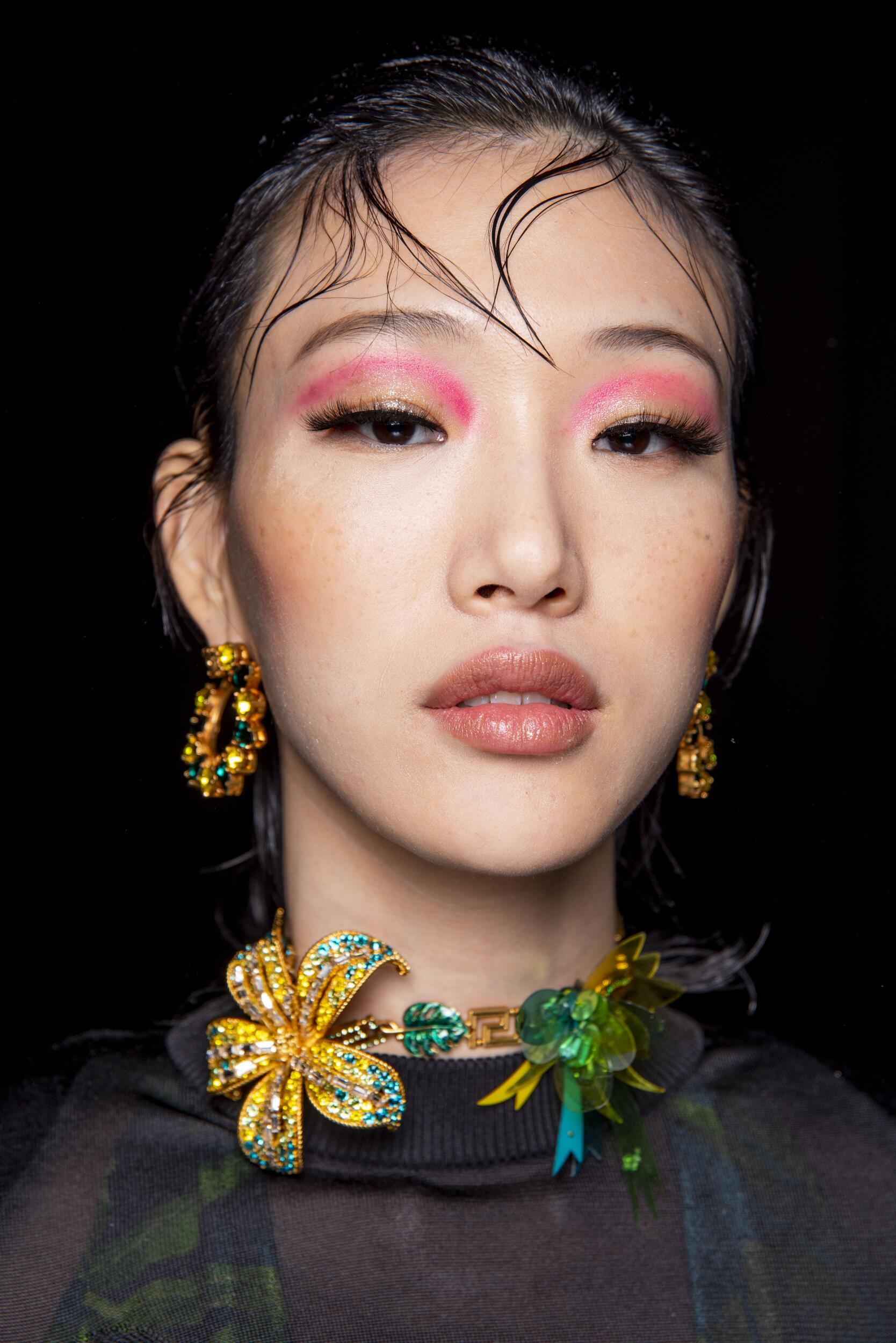 Model Womenswear SS 2020 Backstage Versace