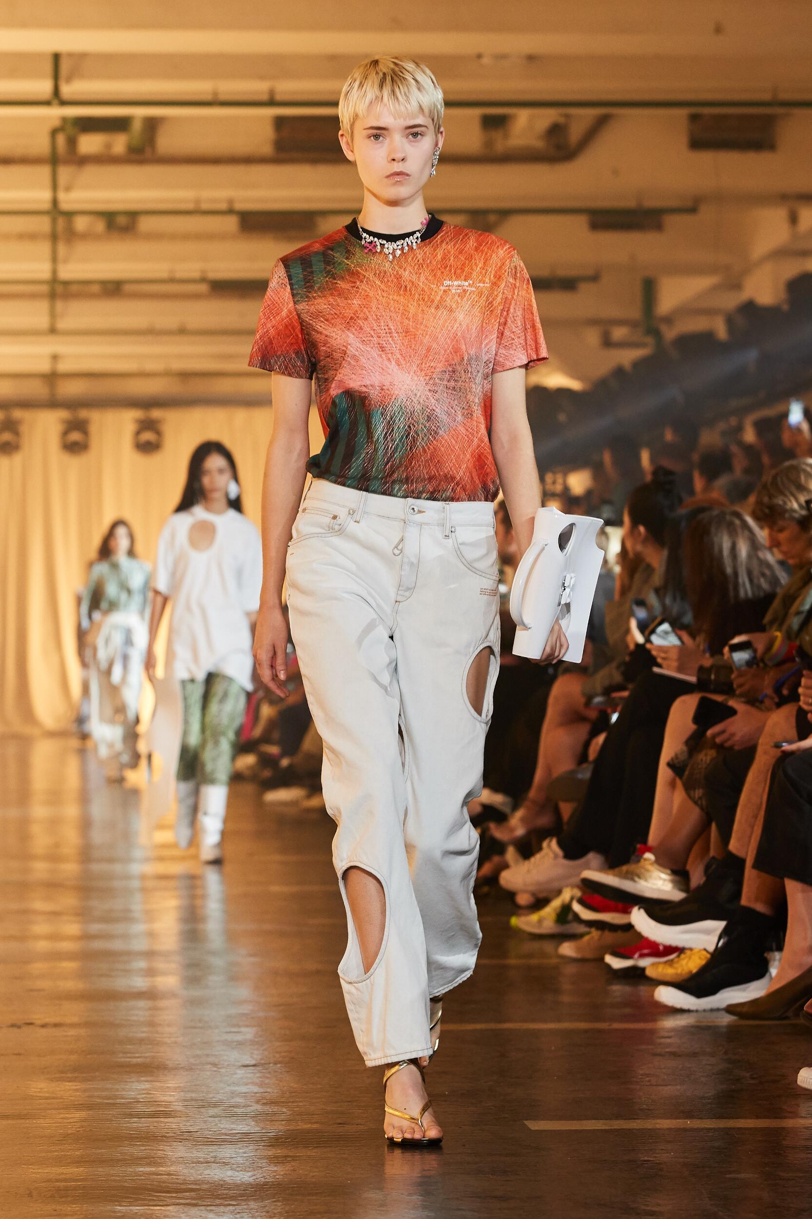 Off White c/o Virgil Abloh Fashion Show