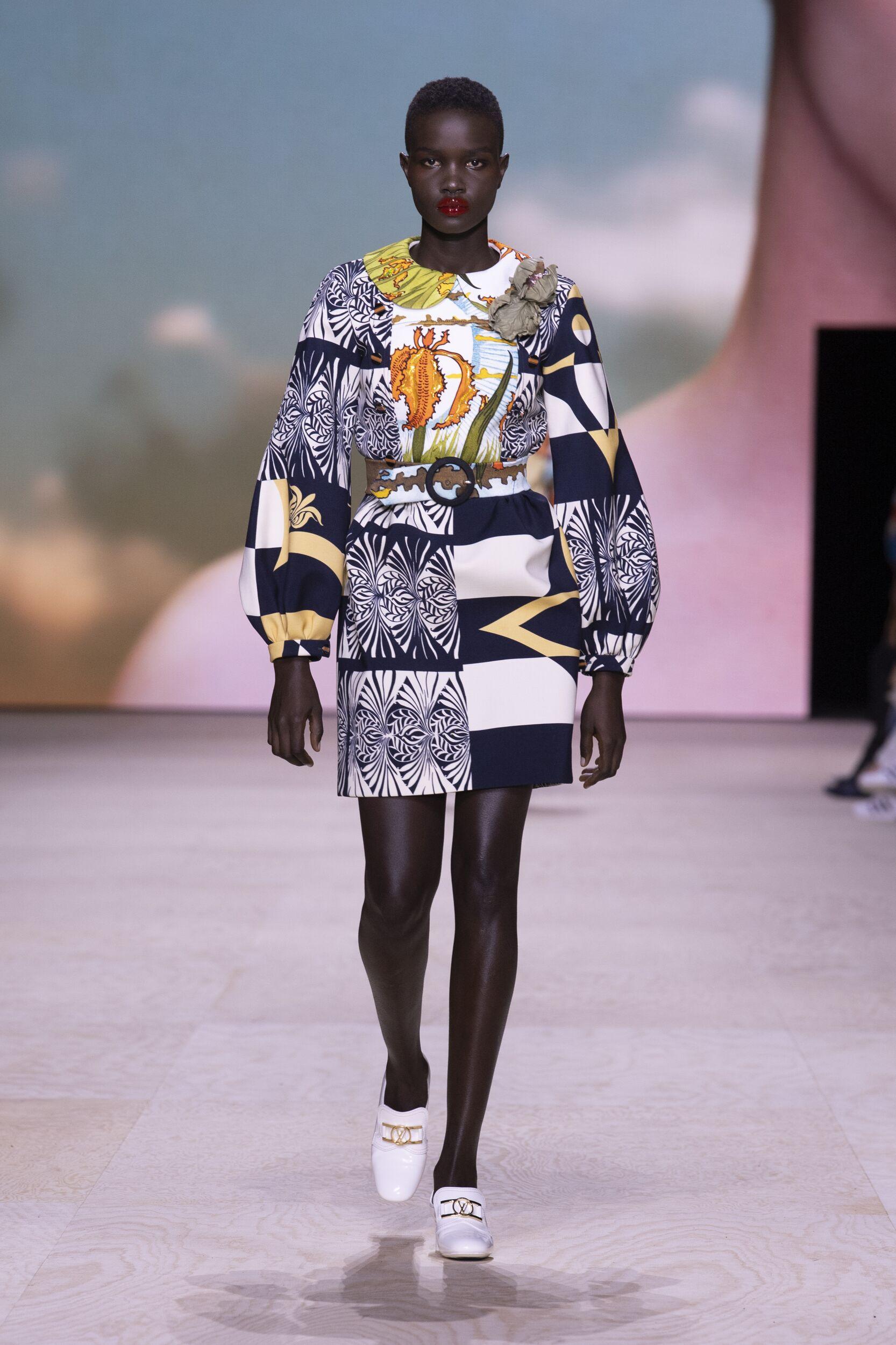 Runway Louis Vuitton Spring Summer 2020 Women's Collection Paris Fashion Week