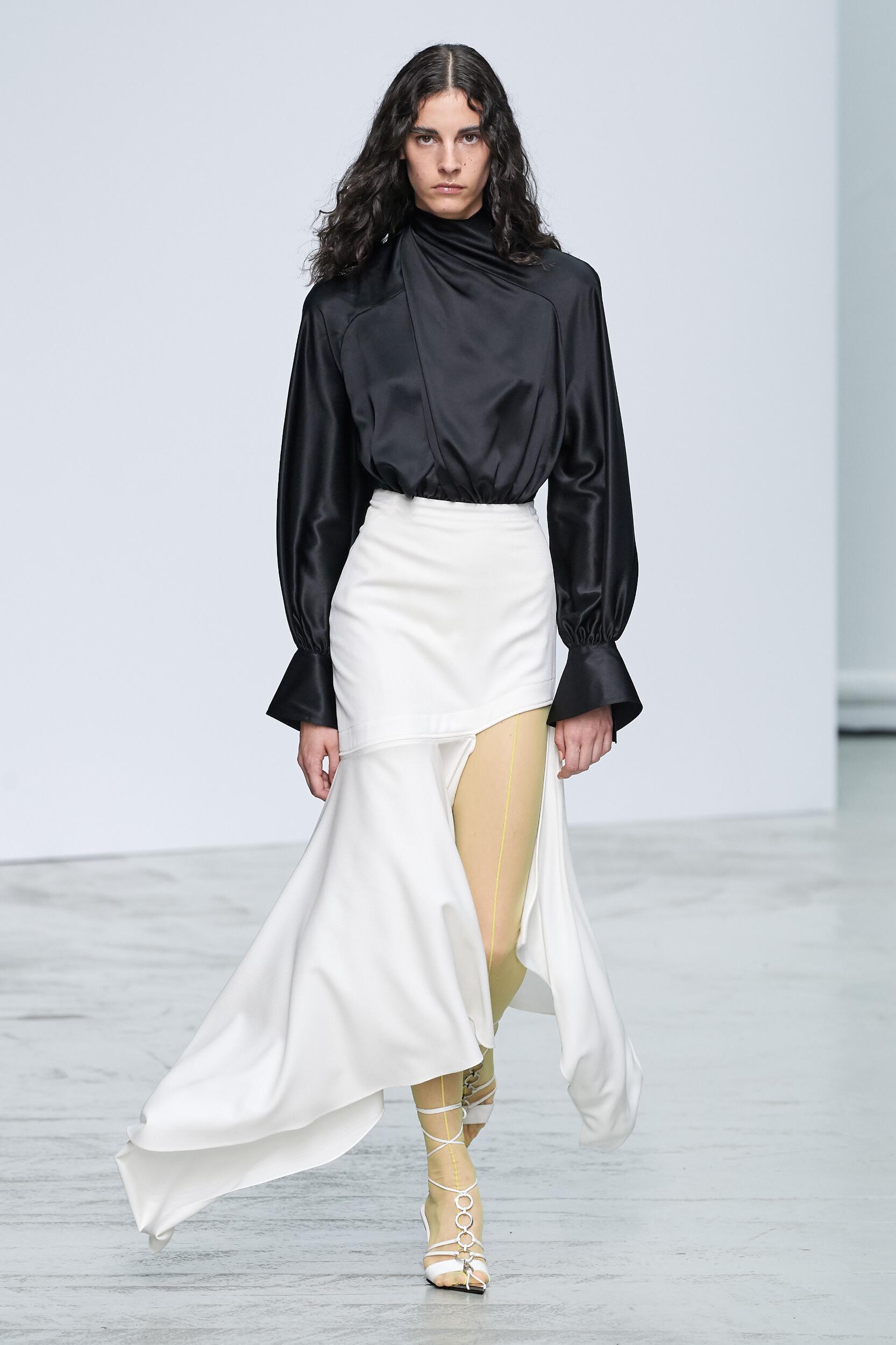 Runway Mugler Spring Summer 2020 Women's Collection Paris Fashion Week