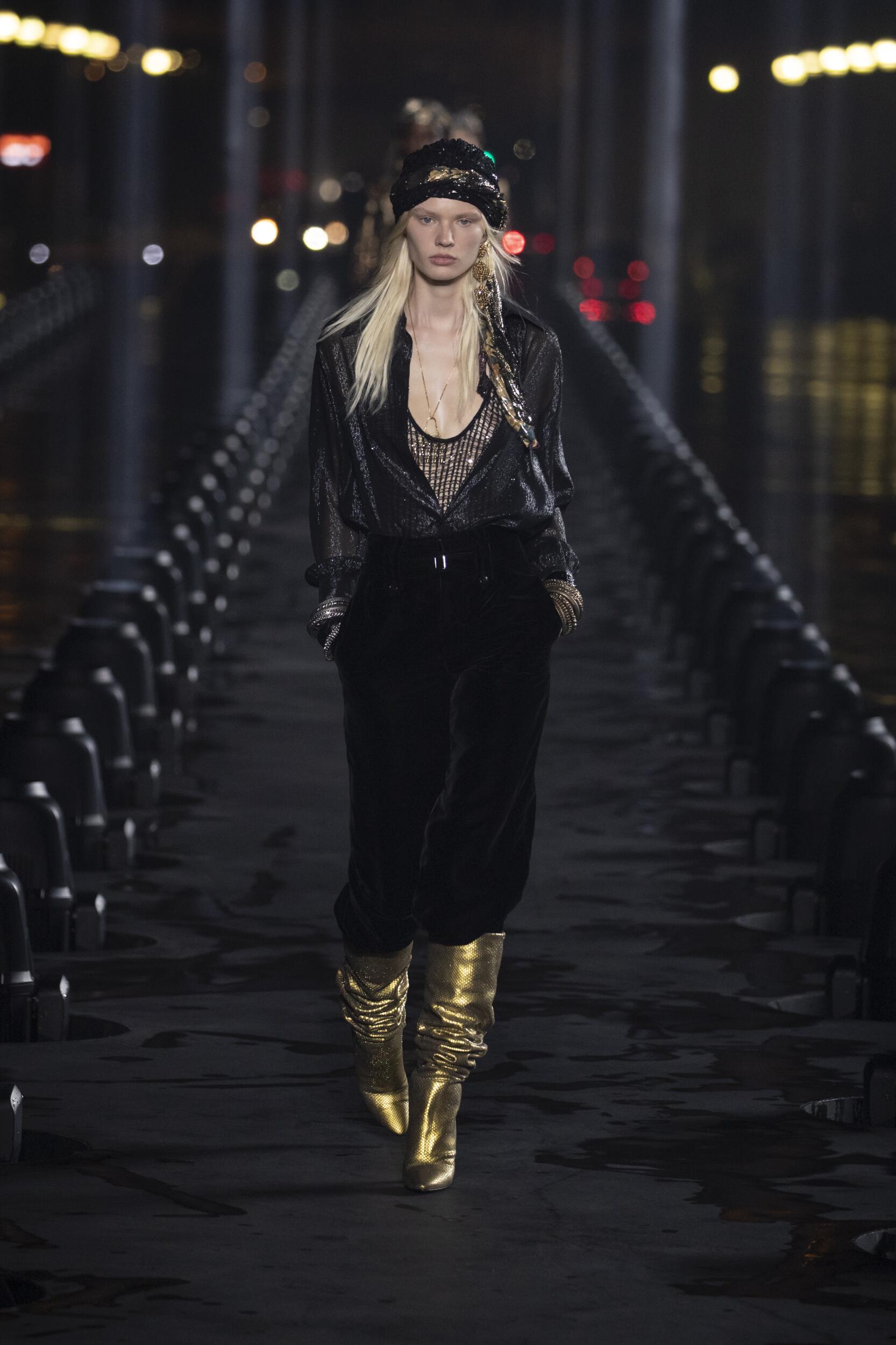 Runway Saint Laurent Spring Summer 2020 Women's Collection Paris Fashion Week