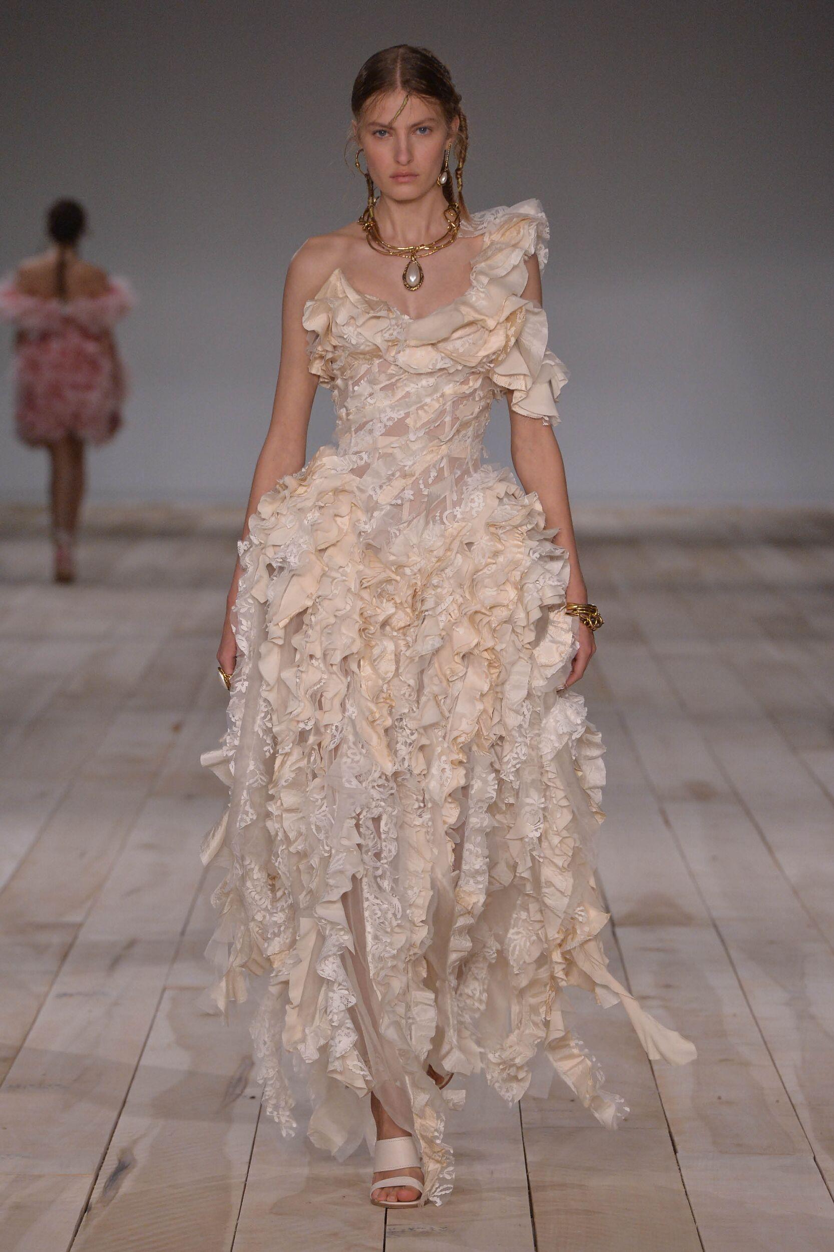SS 2020 Alexander McQueen Fashion Show Paris