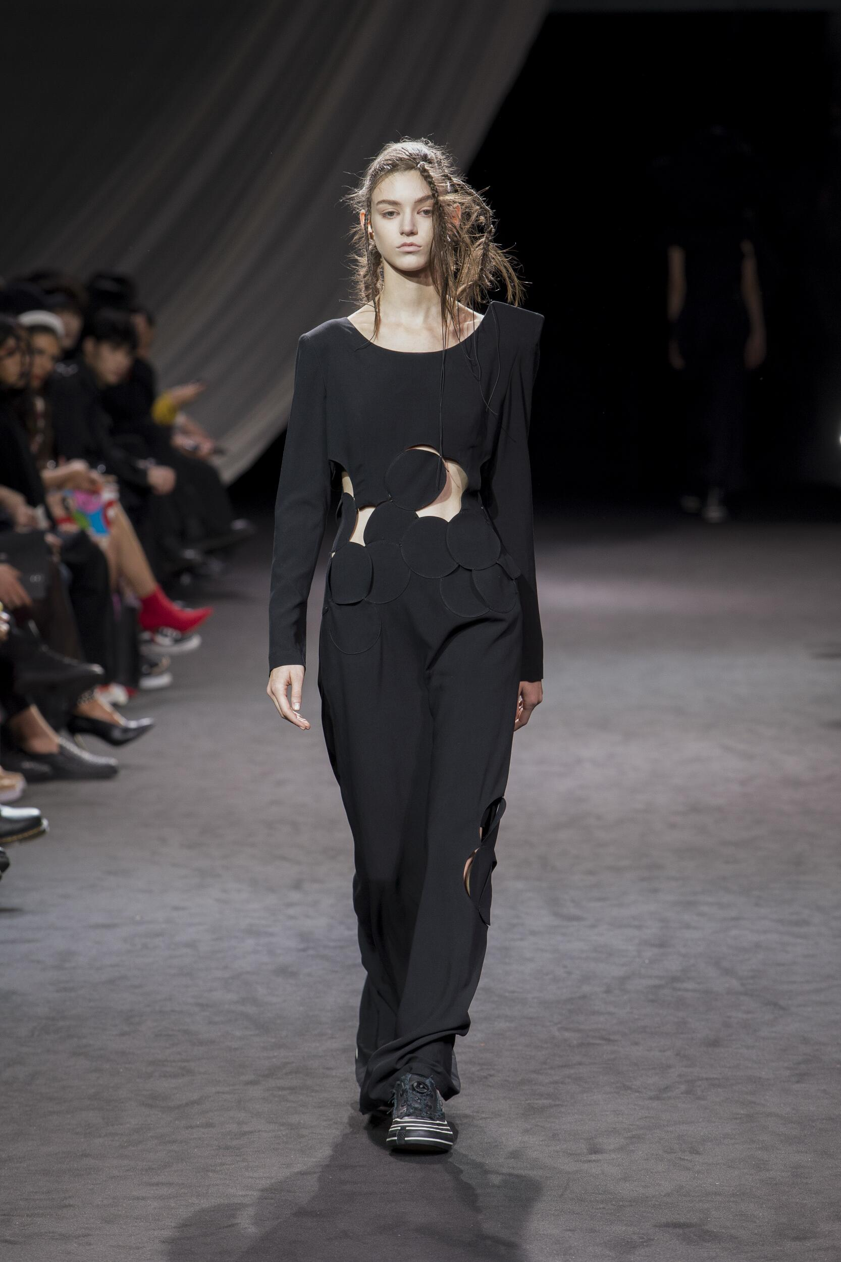 Spring 2020 Womenswear Yohji Yamamoto