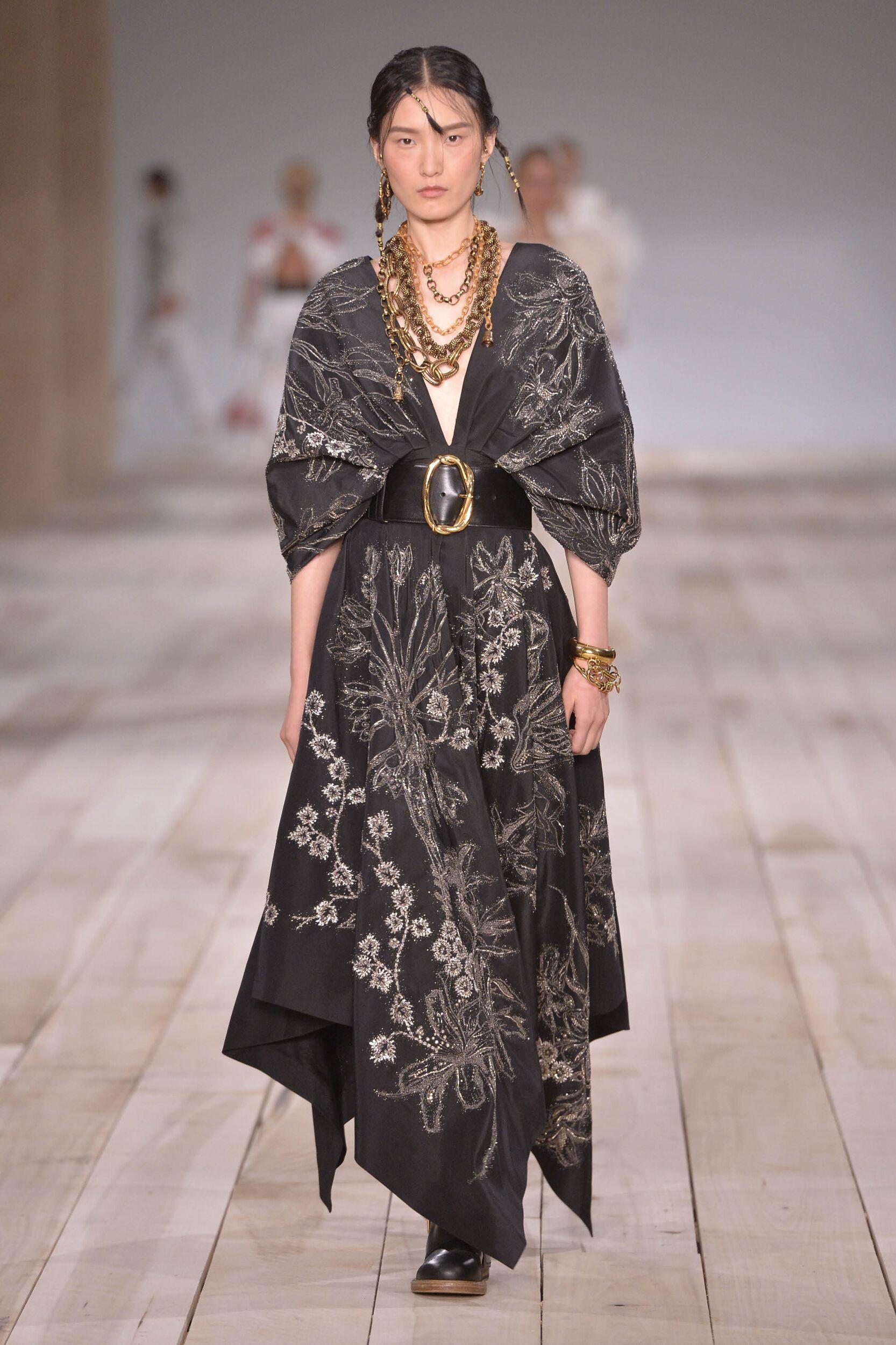 Spring Summer 2020 Woman Paris Alexander McQueen Collection