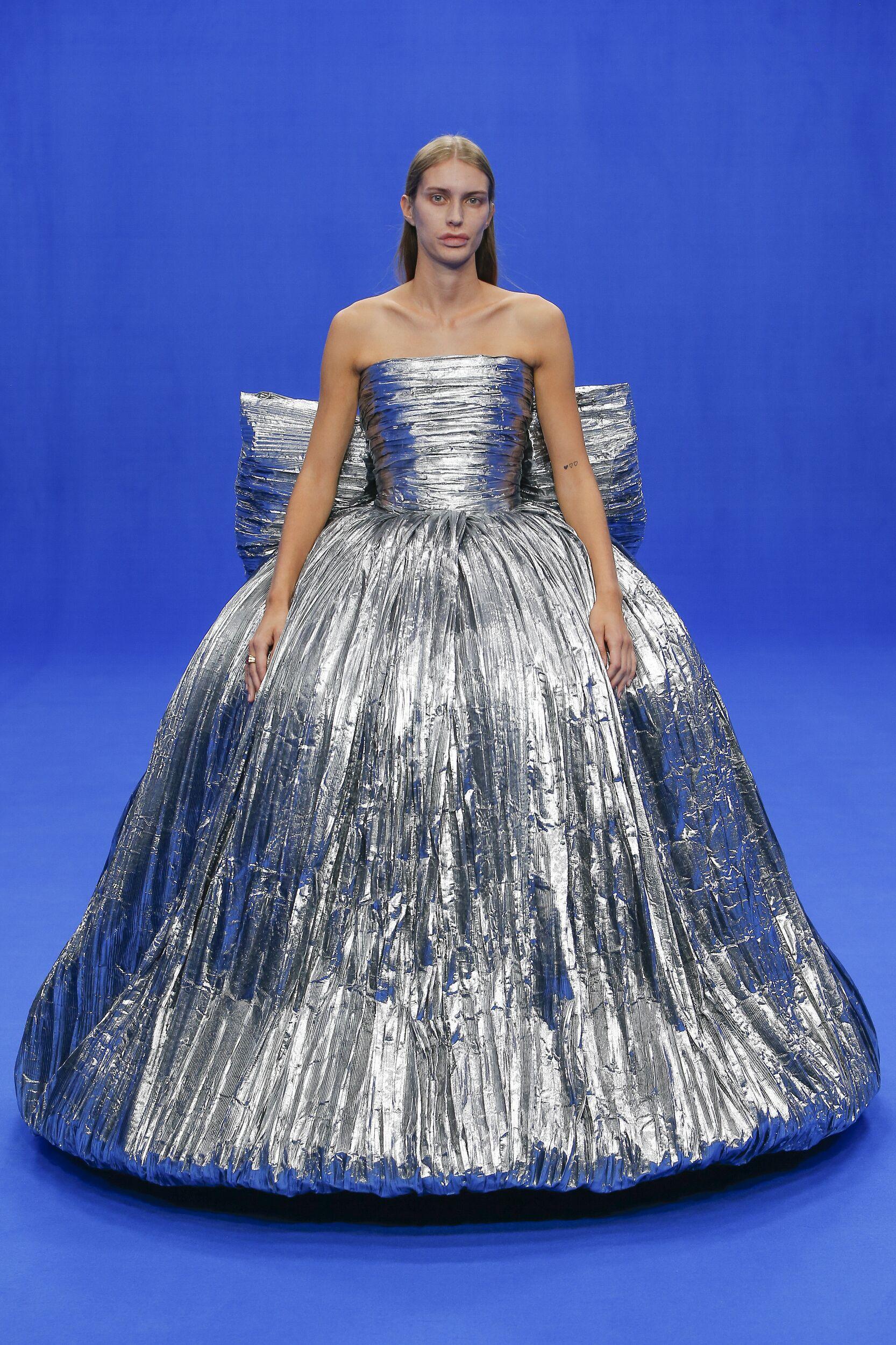 Trends Womenswear Fashion 2020 Catwalk Balenciaga
