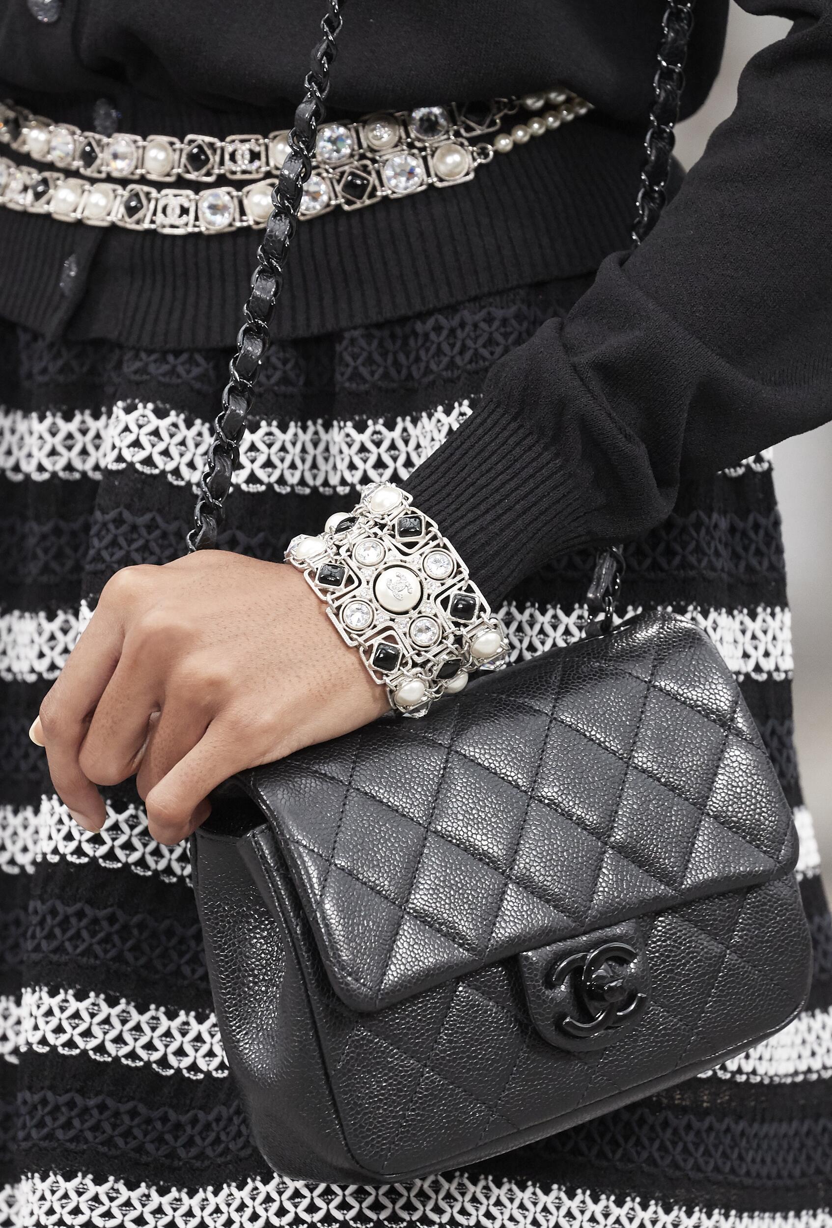 Woman SS 2020 Chanel Bag