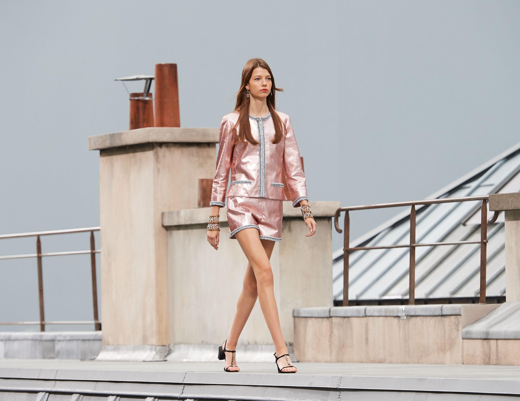 Woman SS 2020 Chanel Show Paris Fashion Week