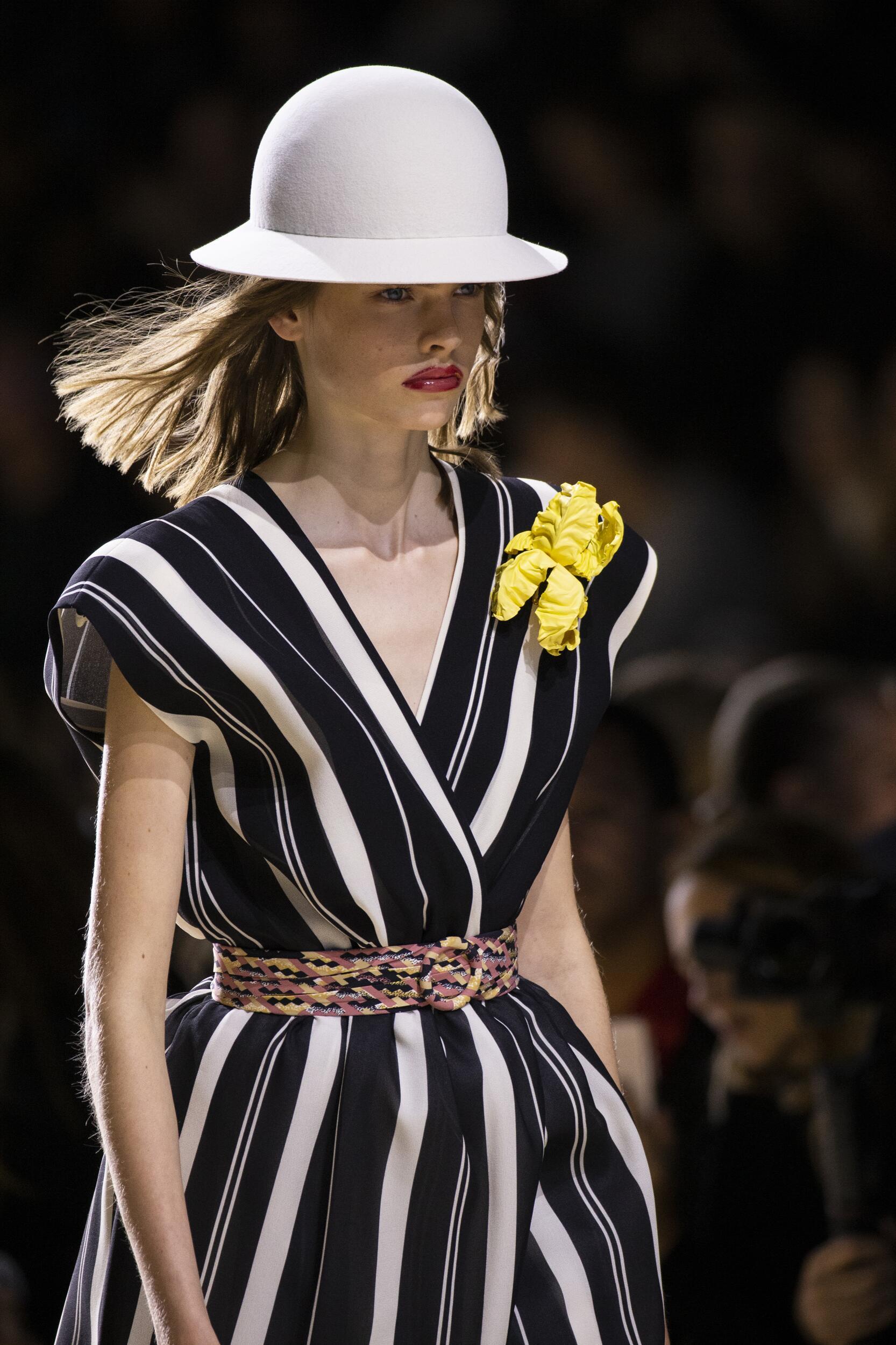 Woman SS 2020 Louis Vuitton Dress