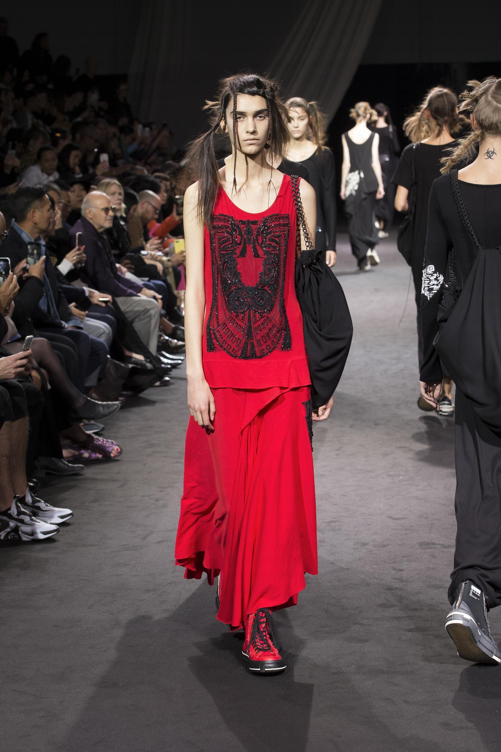 Womenswear Spring Summer Yohji Yamamoto 2020