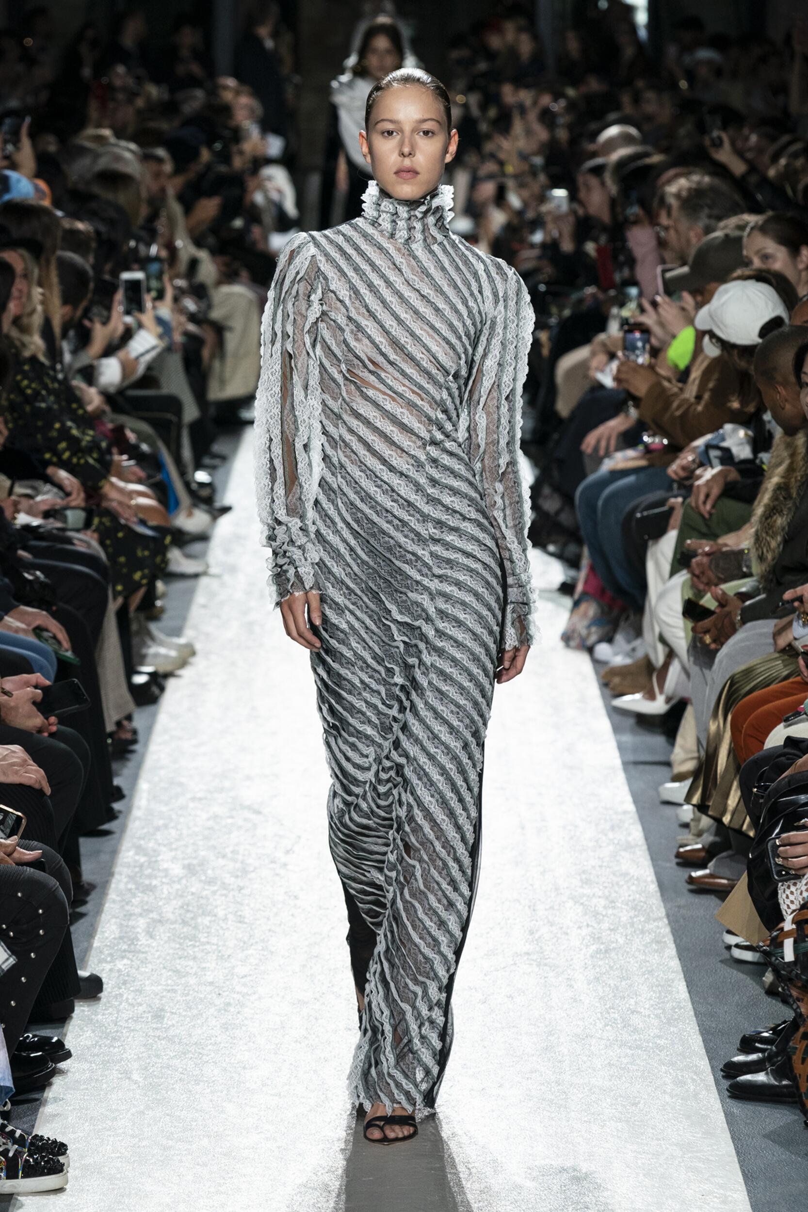 Y/Project Paris Fashion Week Womenswear