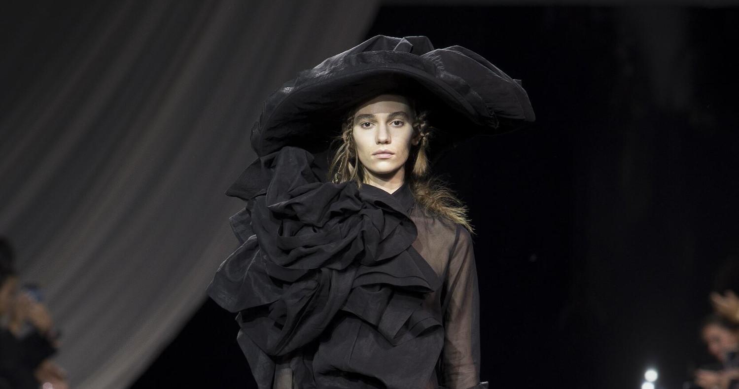 Yohji Yamamoto Fashion Show SS 2020 Paris