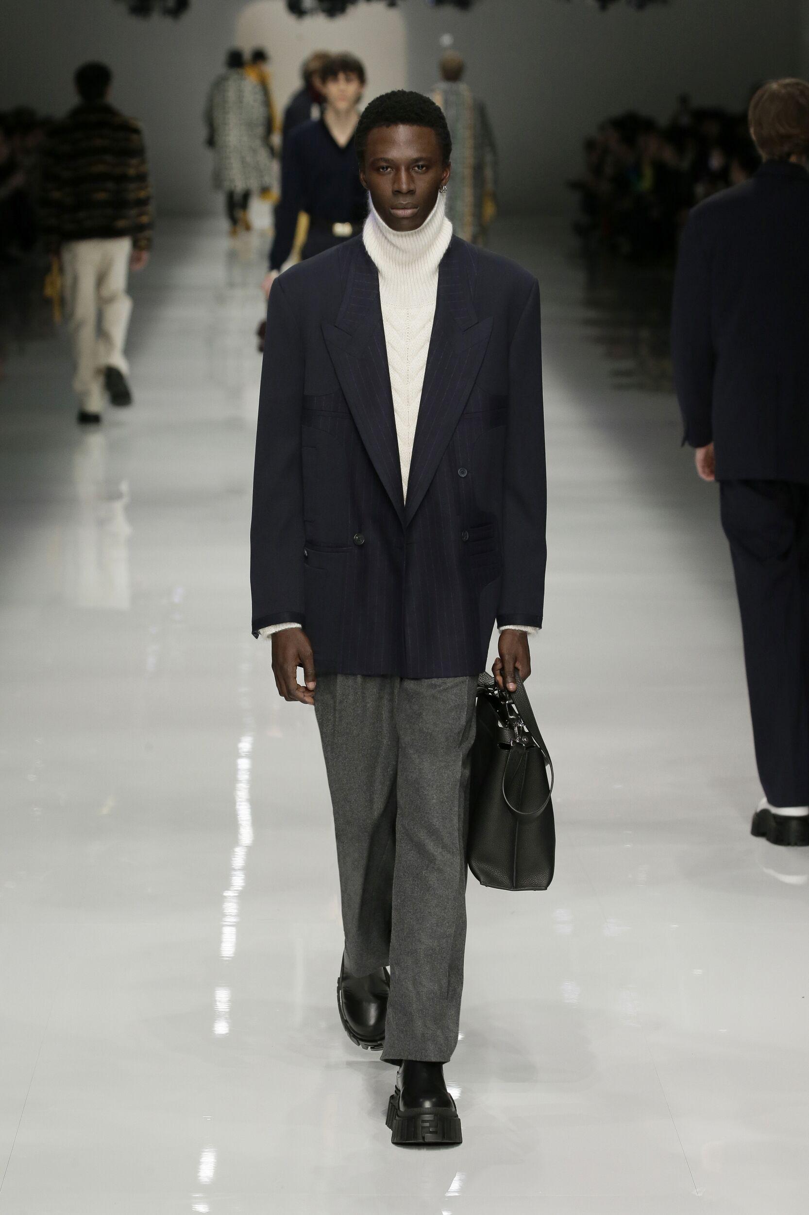 2020 Catwalk Fendi Man Fashion Show Winter