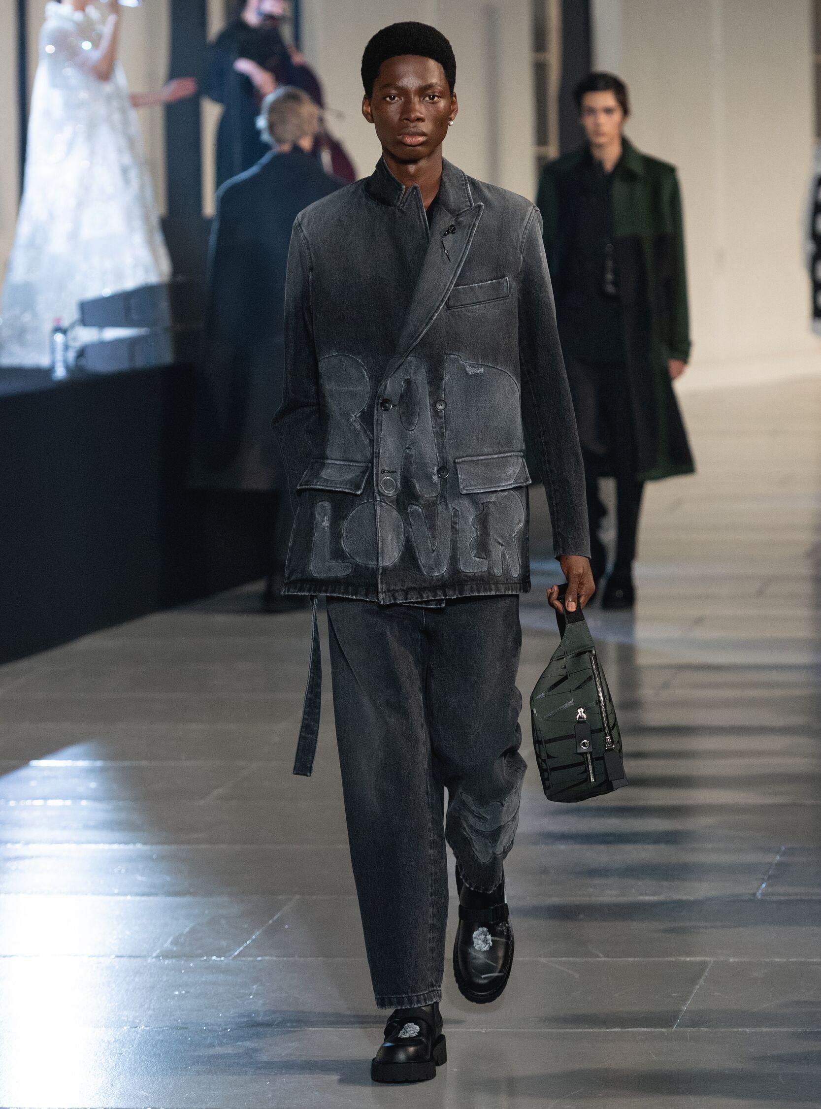 2020 Valentino Catwalk Paris Fashion Week