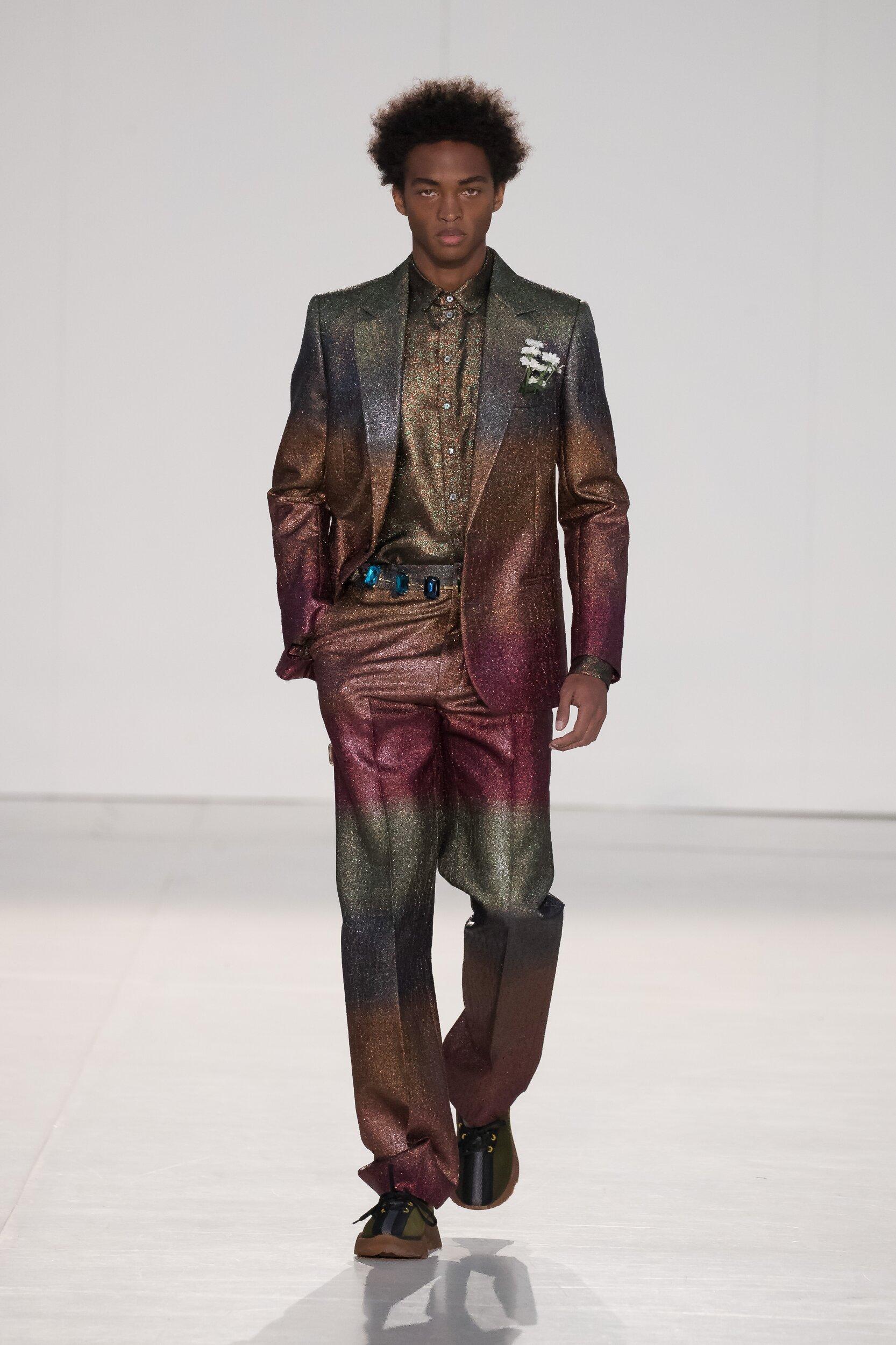 Fashion Model Marco De Vincenzo Catwalk