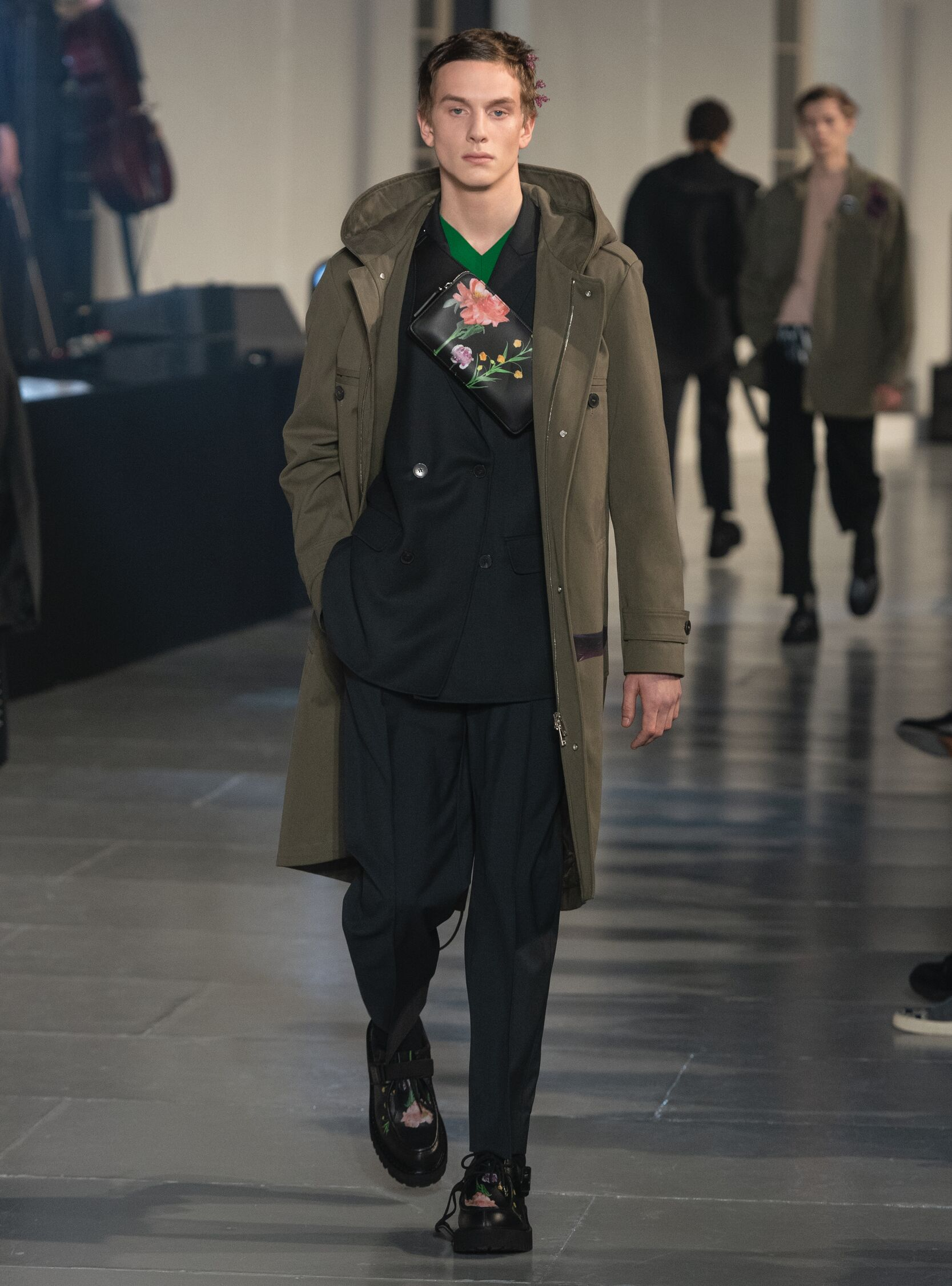 Runway Valentino Fall Winter 2020 Men's Collection Paris Fashion Week