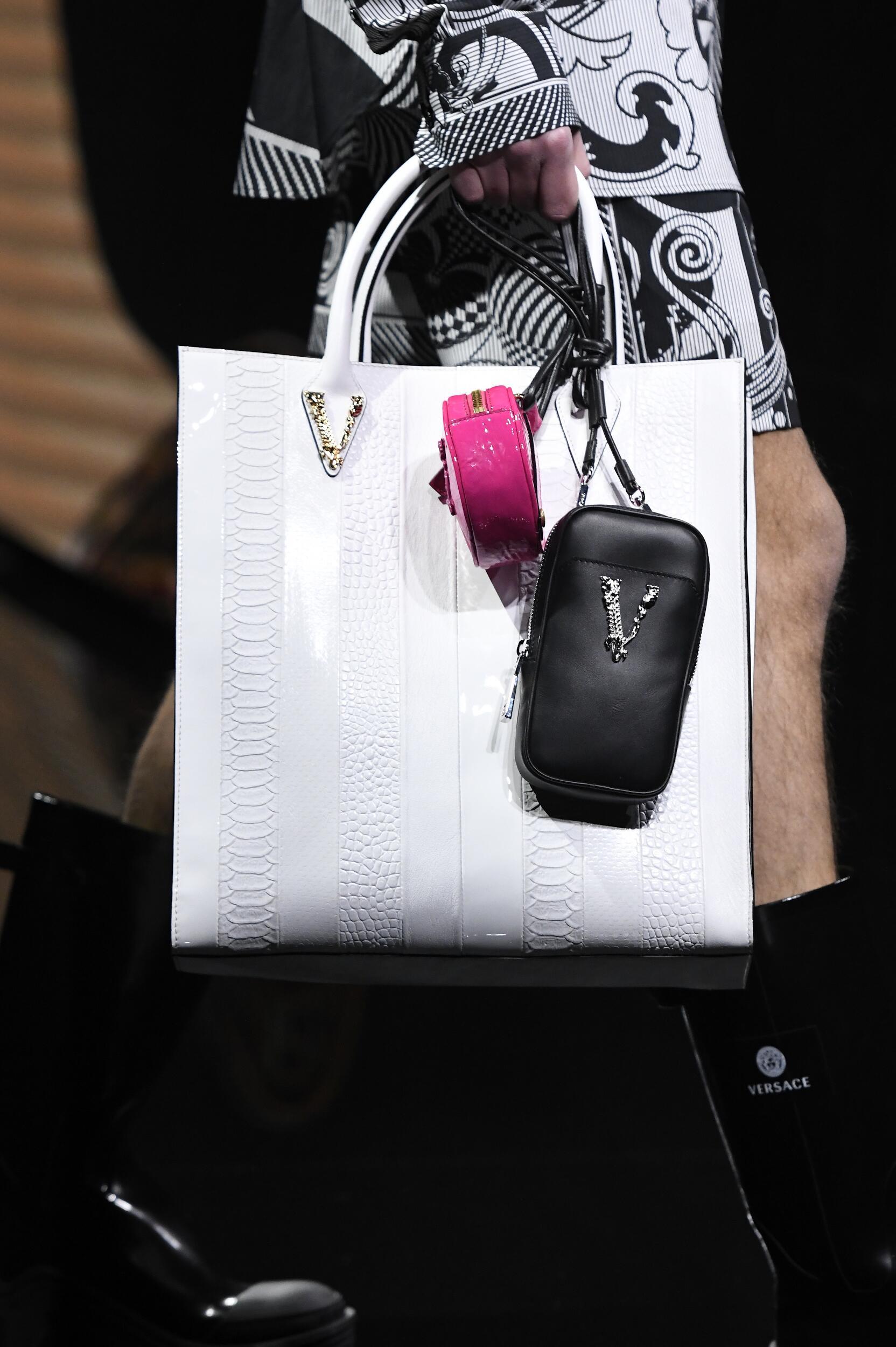 2020 Bag Versace