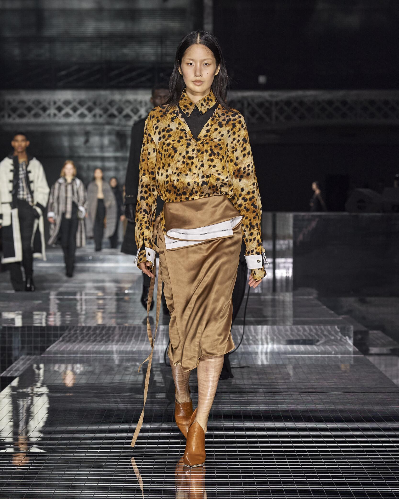 2020 Burberry Fall Winter Woman