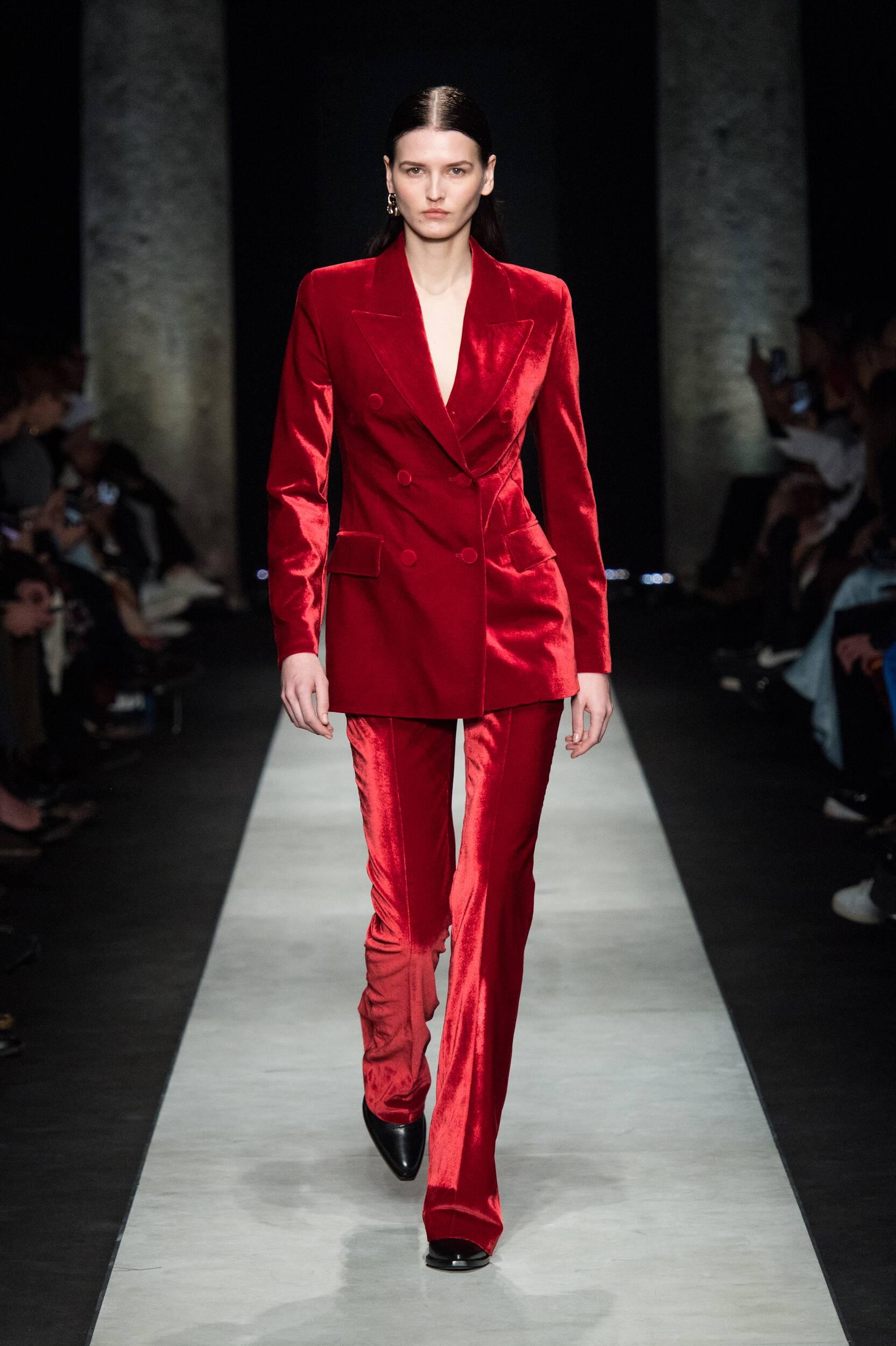 2020 Catwalk Ermanno Scervino Woman Fashion Show Winter
