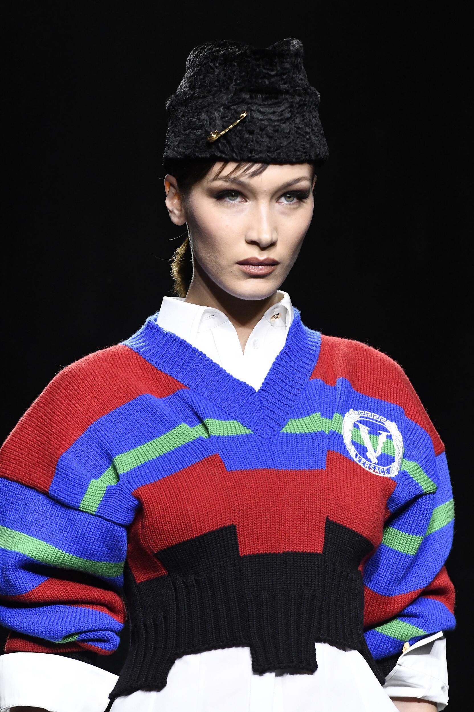 2020 Model Detail Versace