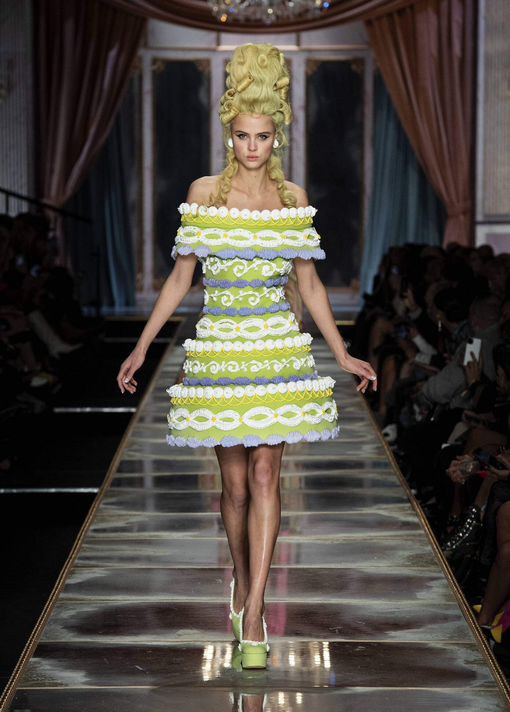 2020 Moschino Trends Milan Fashion Week