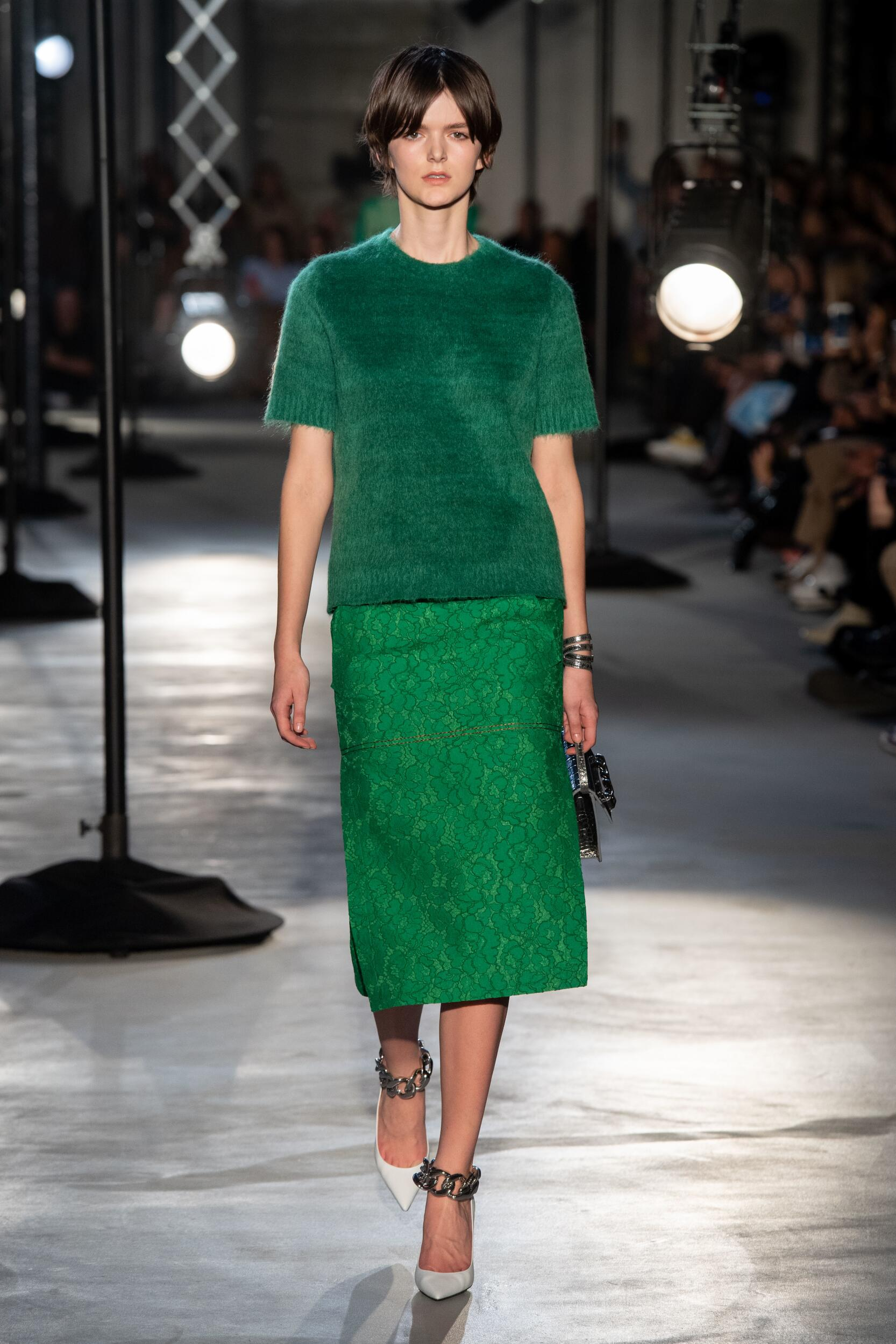 2020 N°21 Fall Catwalk