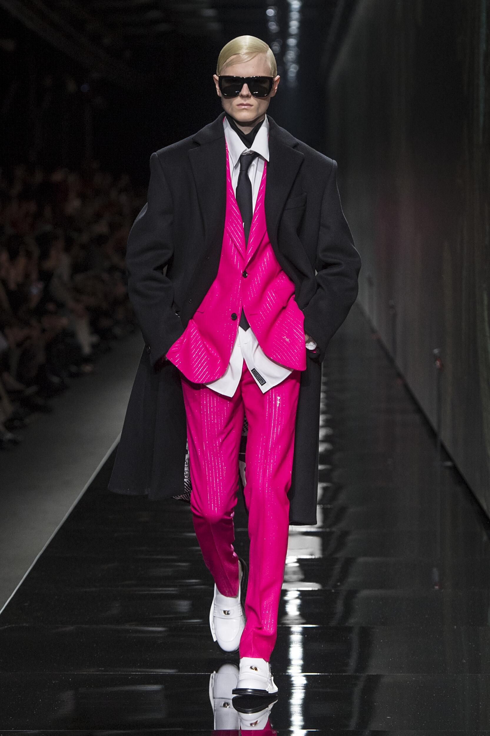 2020 Versace Trends Milan Fashion