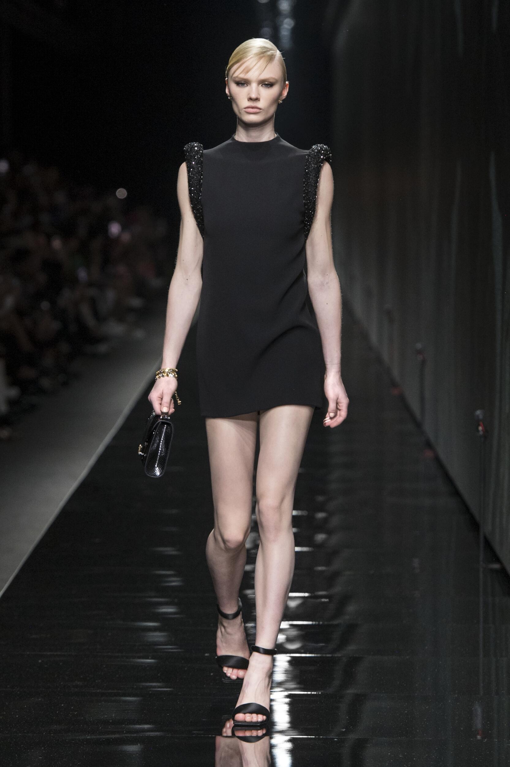 2020 Versace Winter Runway Show Woman