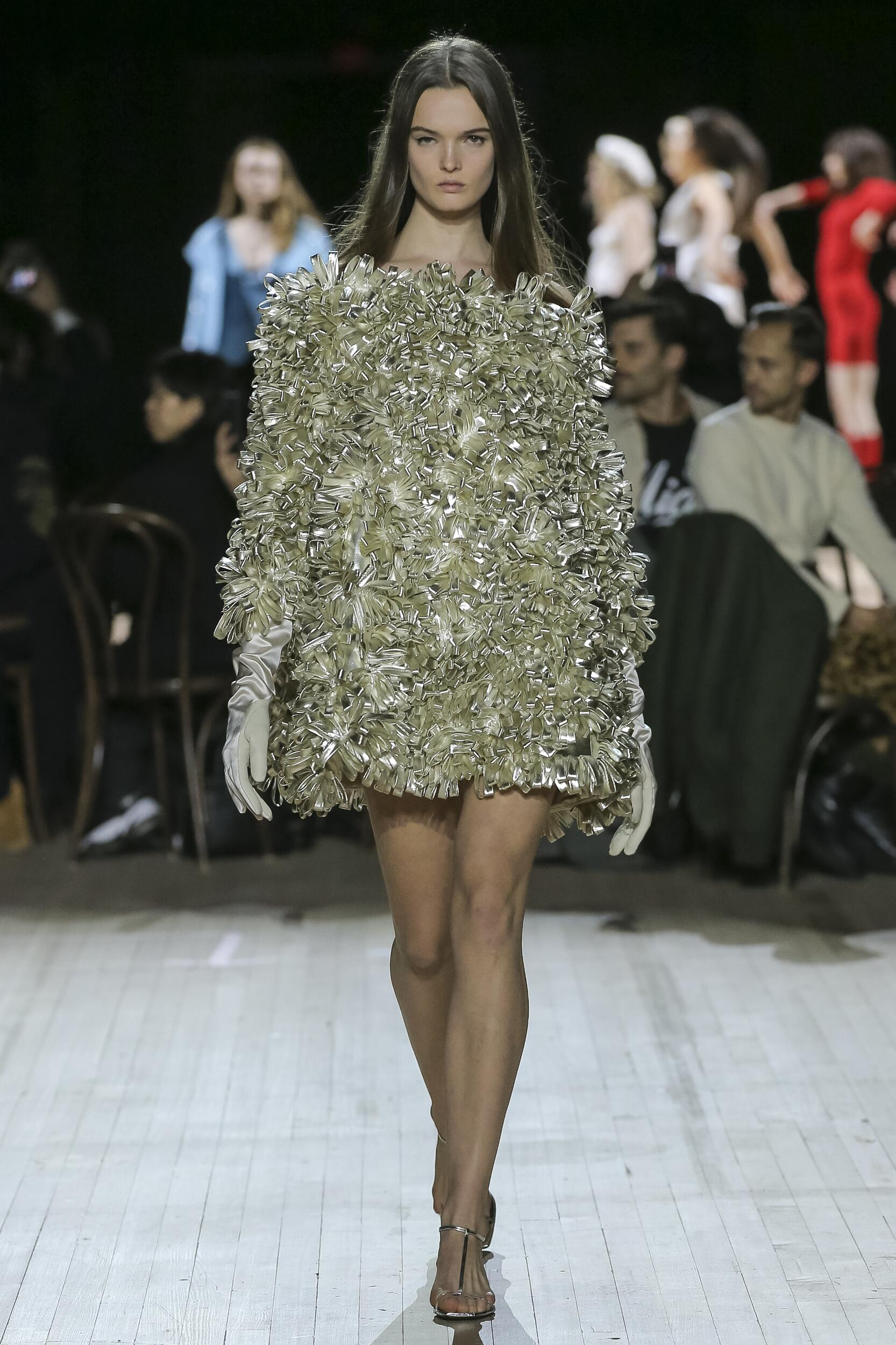 2020 Woman Marc Jacobs Trends New York Fashion Week