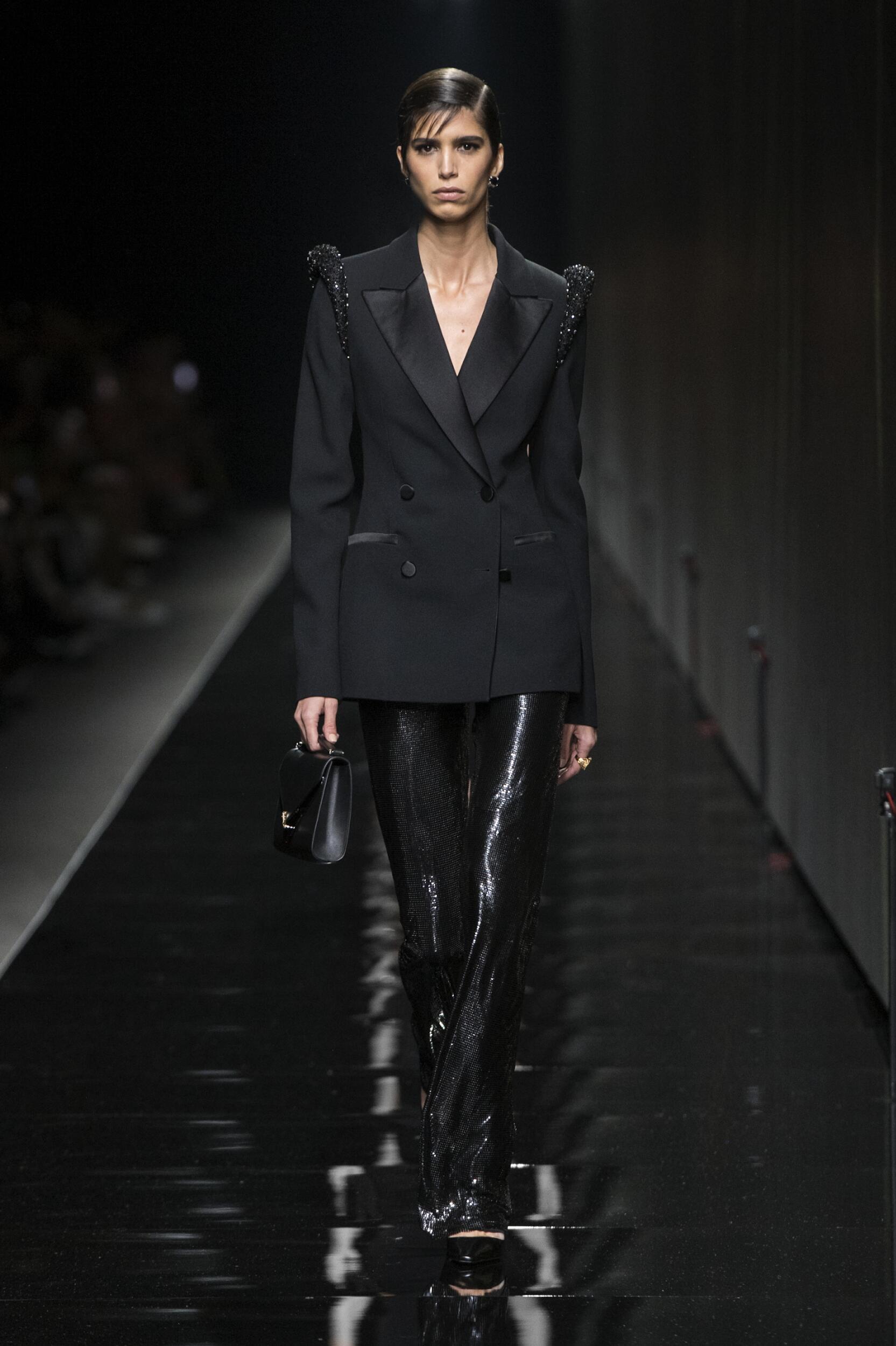 2020 Woman Versace Trends Milan Fashion Week