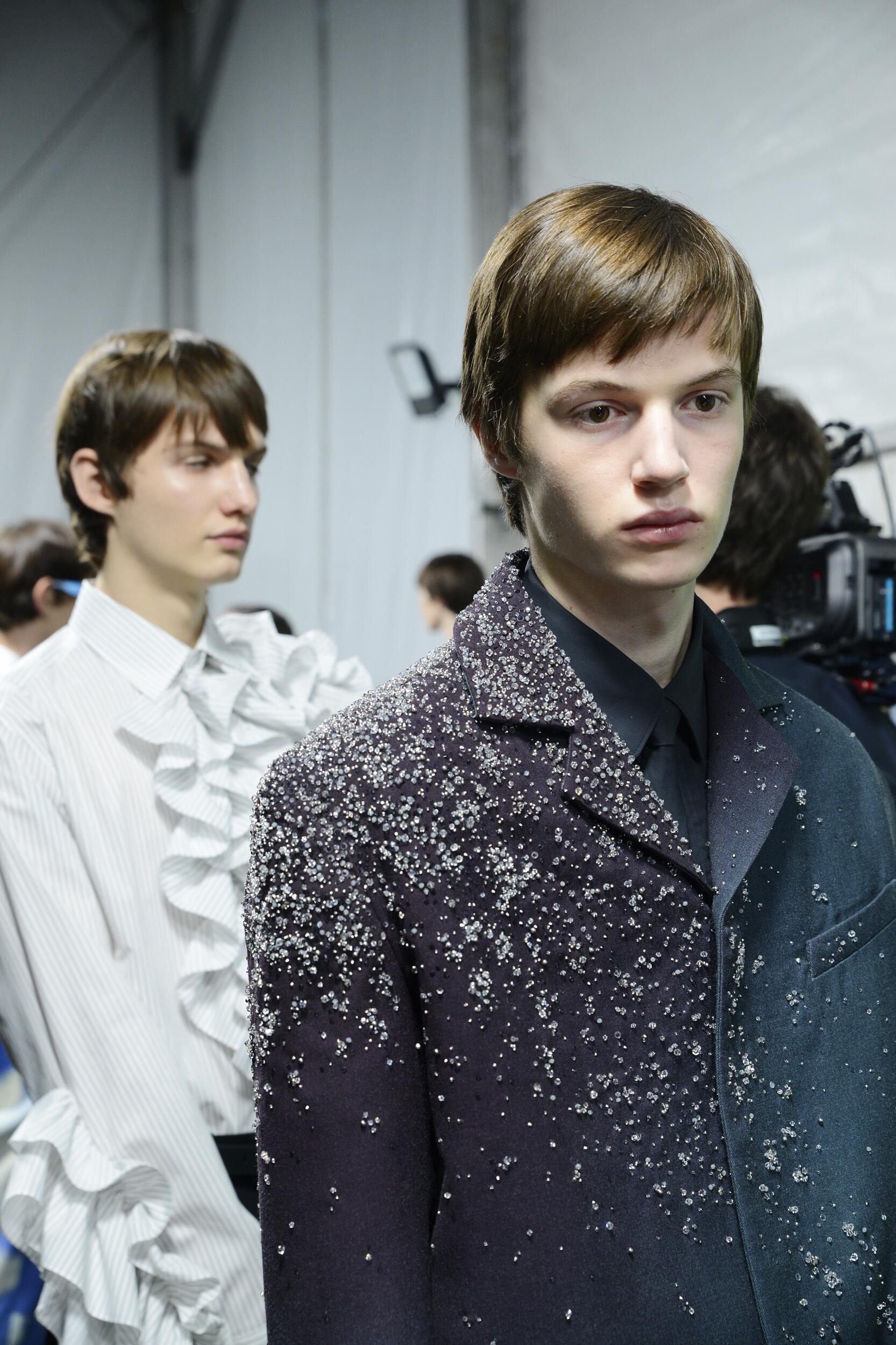 Backstage Louis Vuitton Models 2020-21
