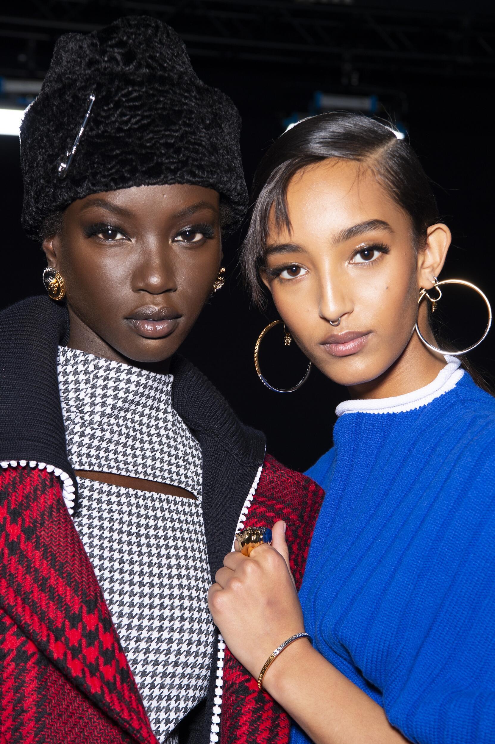 Backstage Versace Milan Fashion Week Models