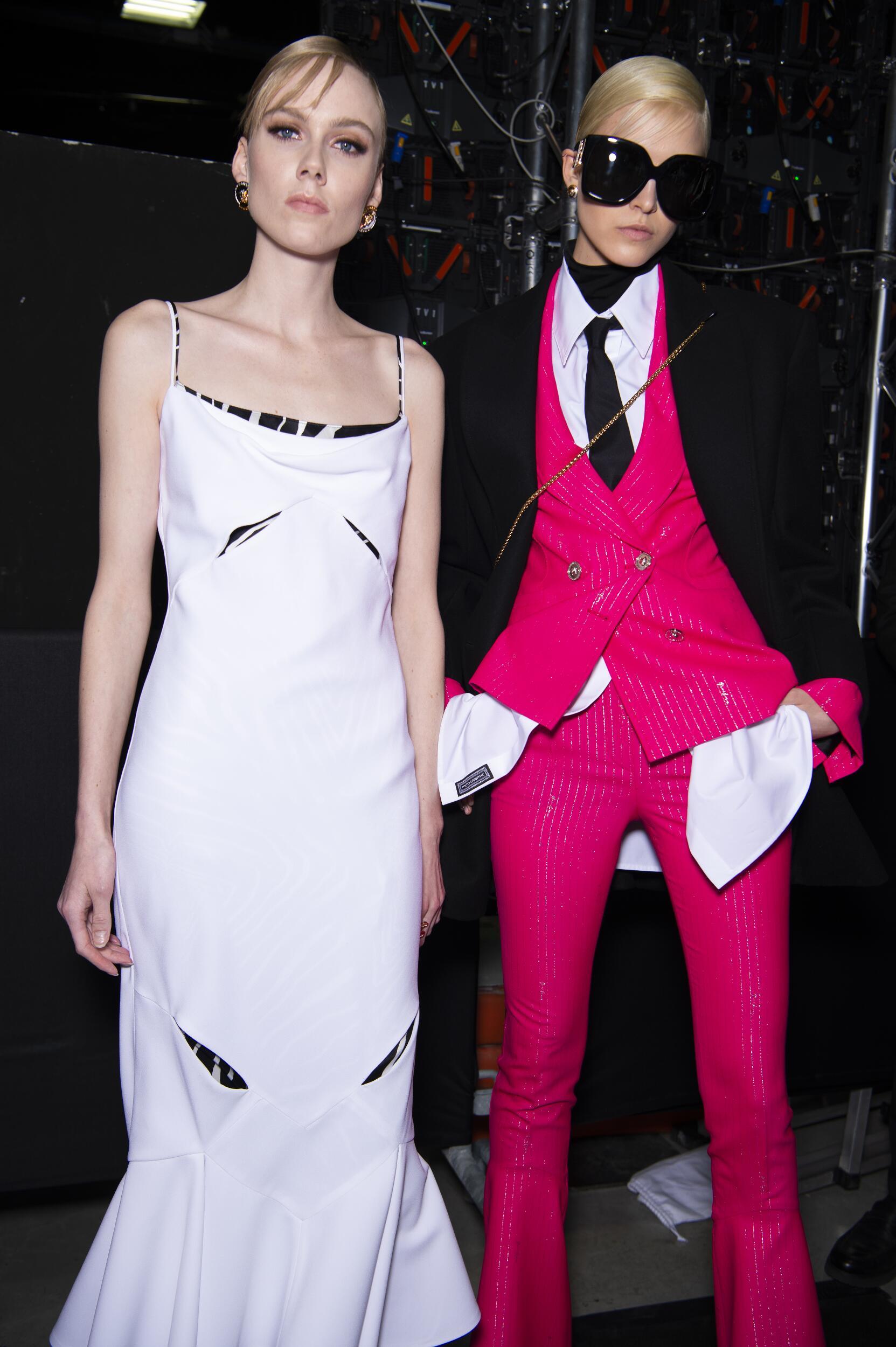 Backstage Versace Models 2020