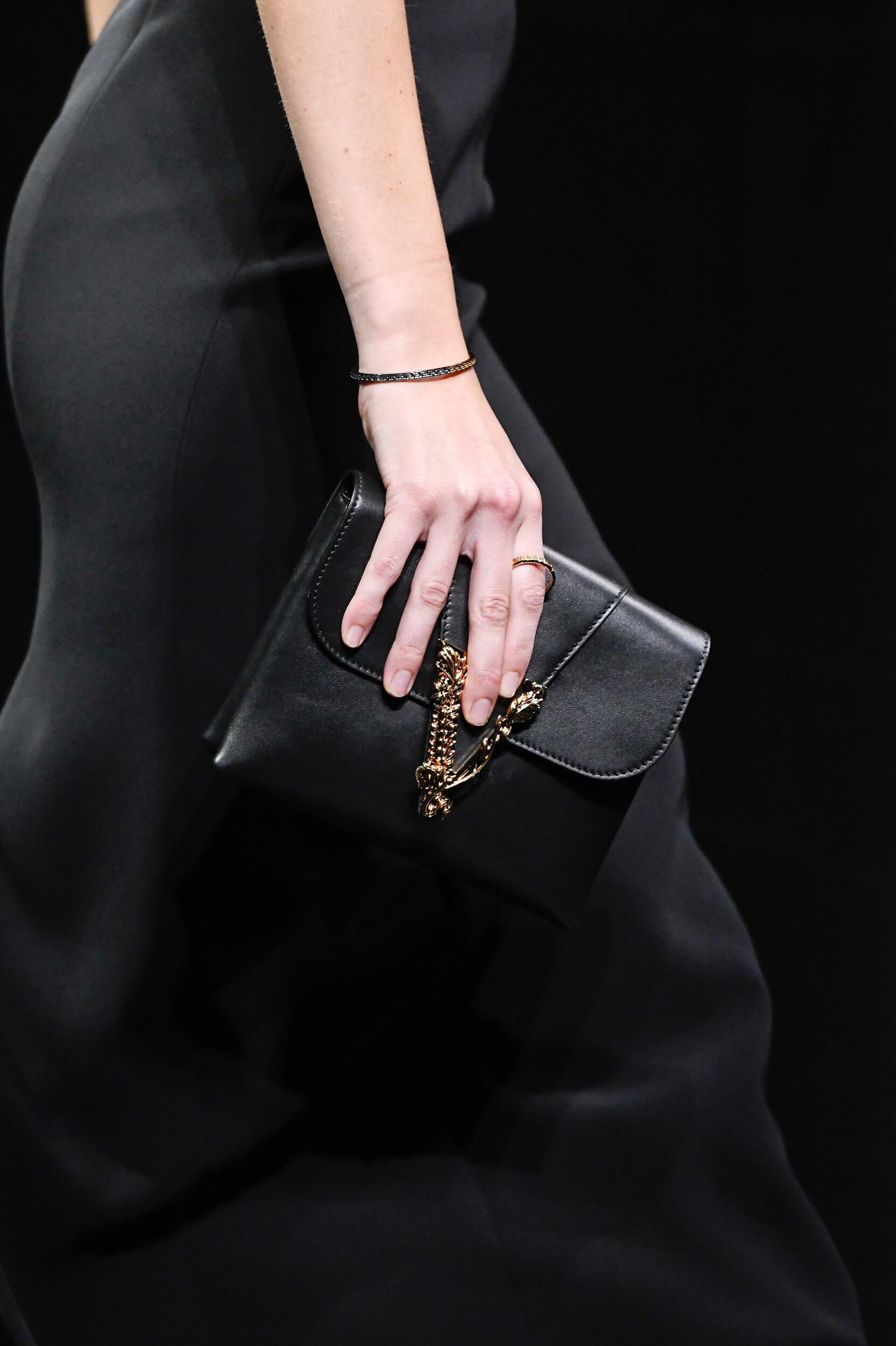 Bag Versace Fashion Show 2020