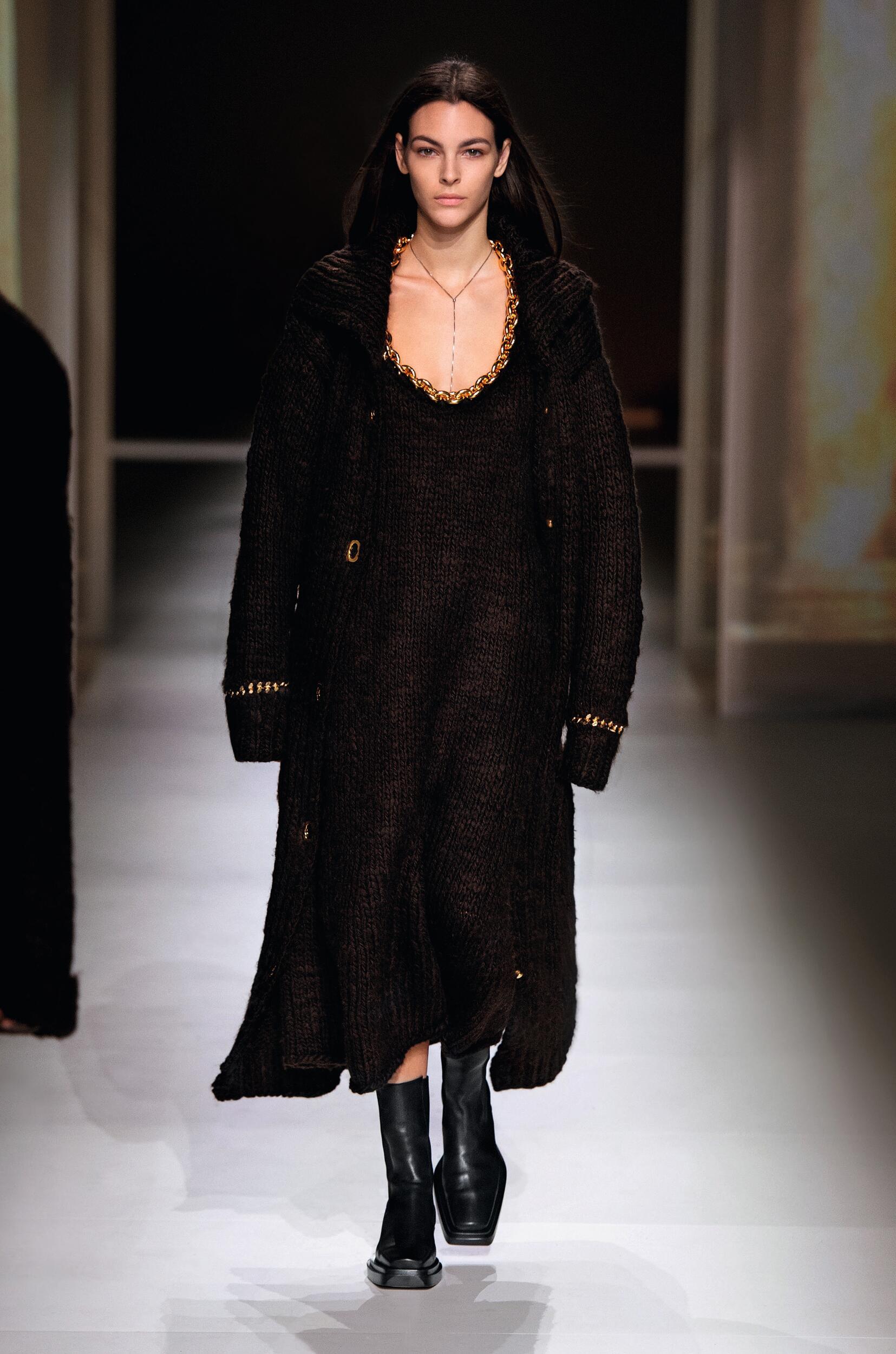 Bottega Veneta Womenswear Collection Trends