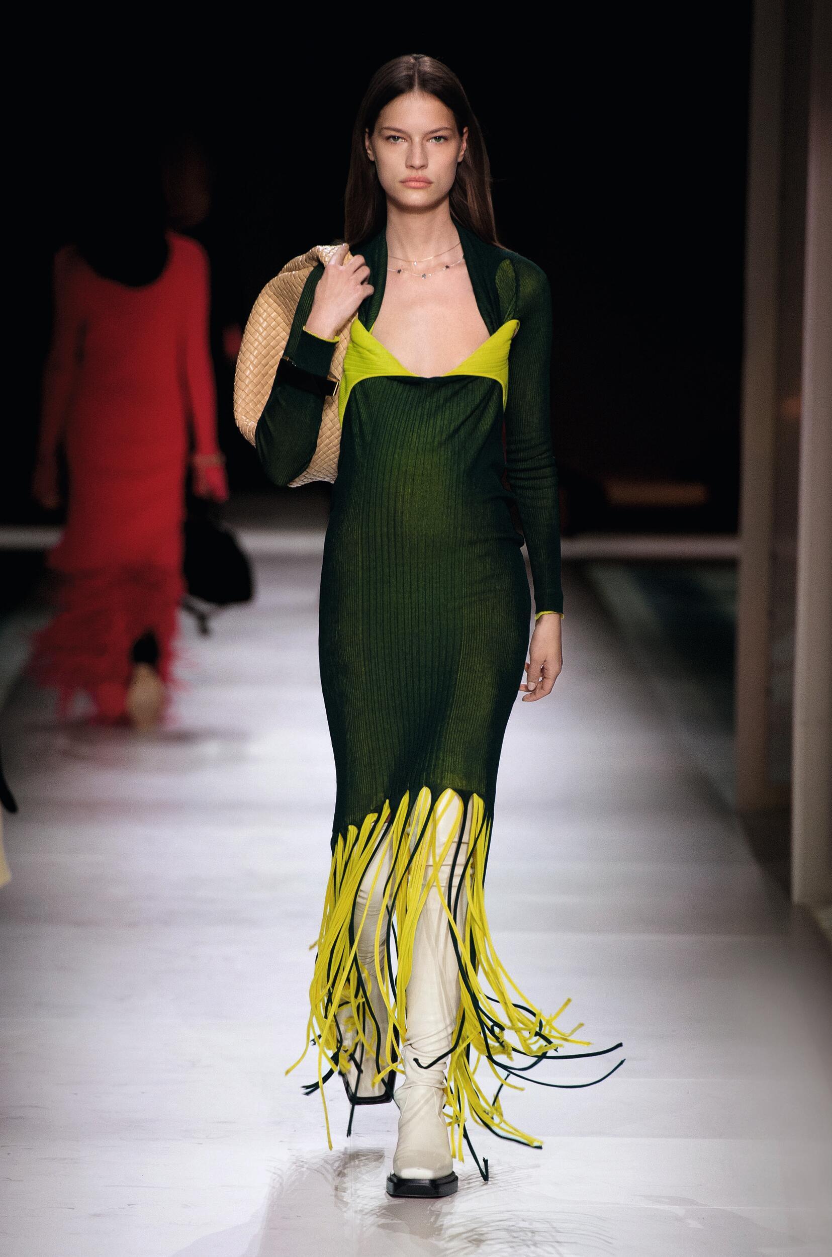 Catwalk Bottega Veneta Women Fashion Show Winter 2020