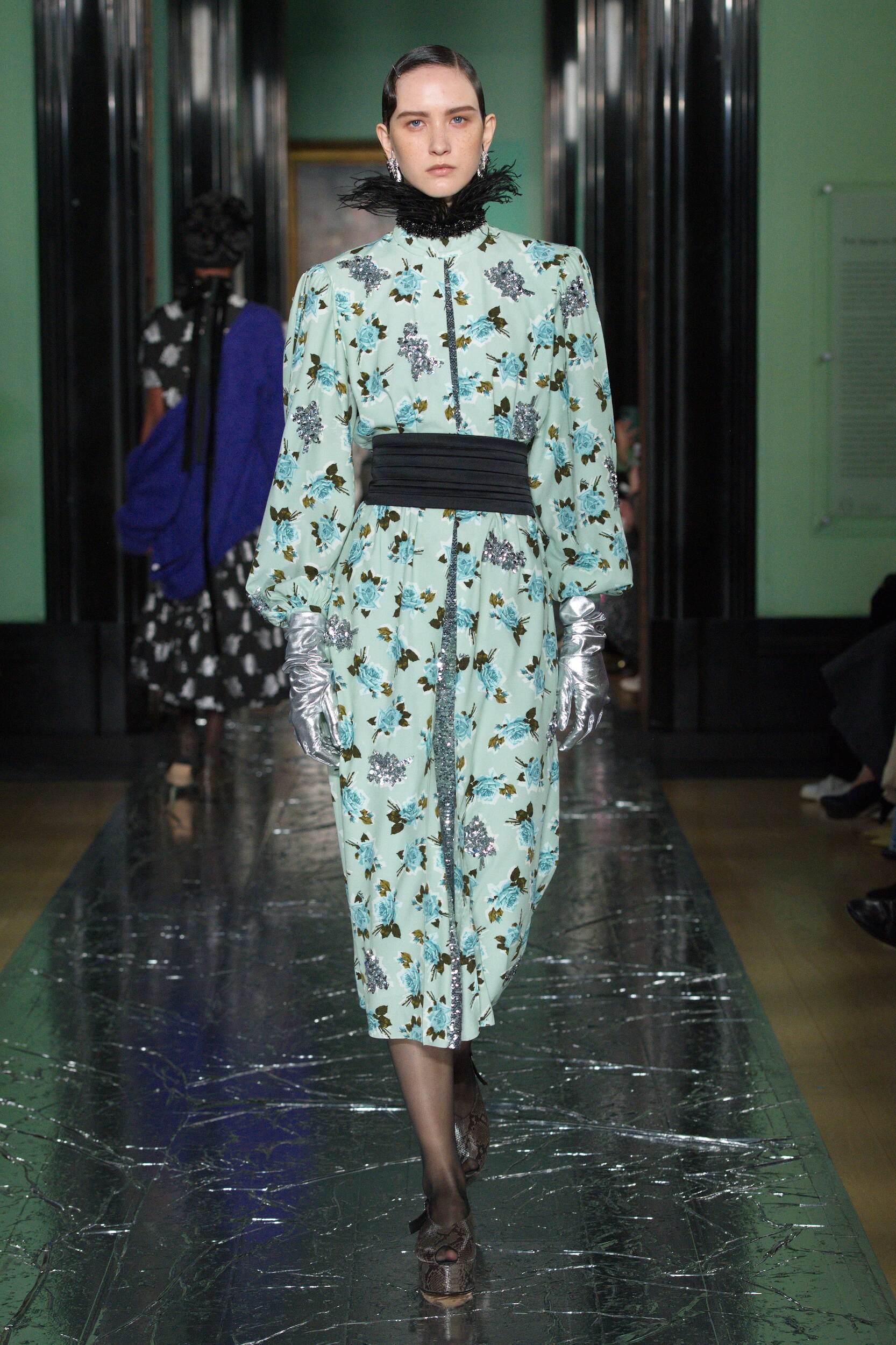 Catwalk Erdem Woman Fashion Show Winter 2020
