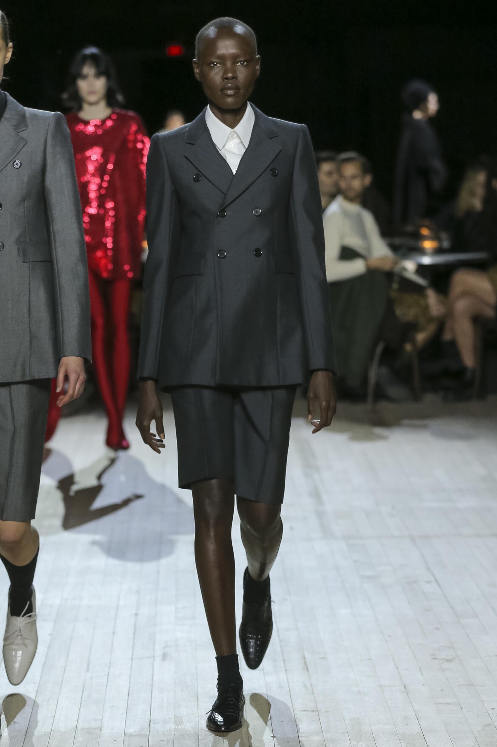 Catwalk Marc Jacobs Woman Fashion Show Winter 2020