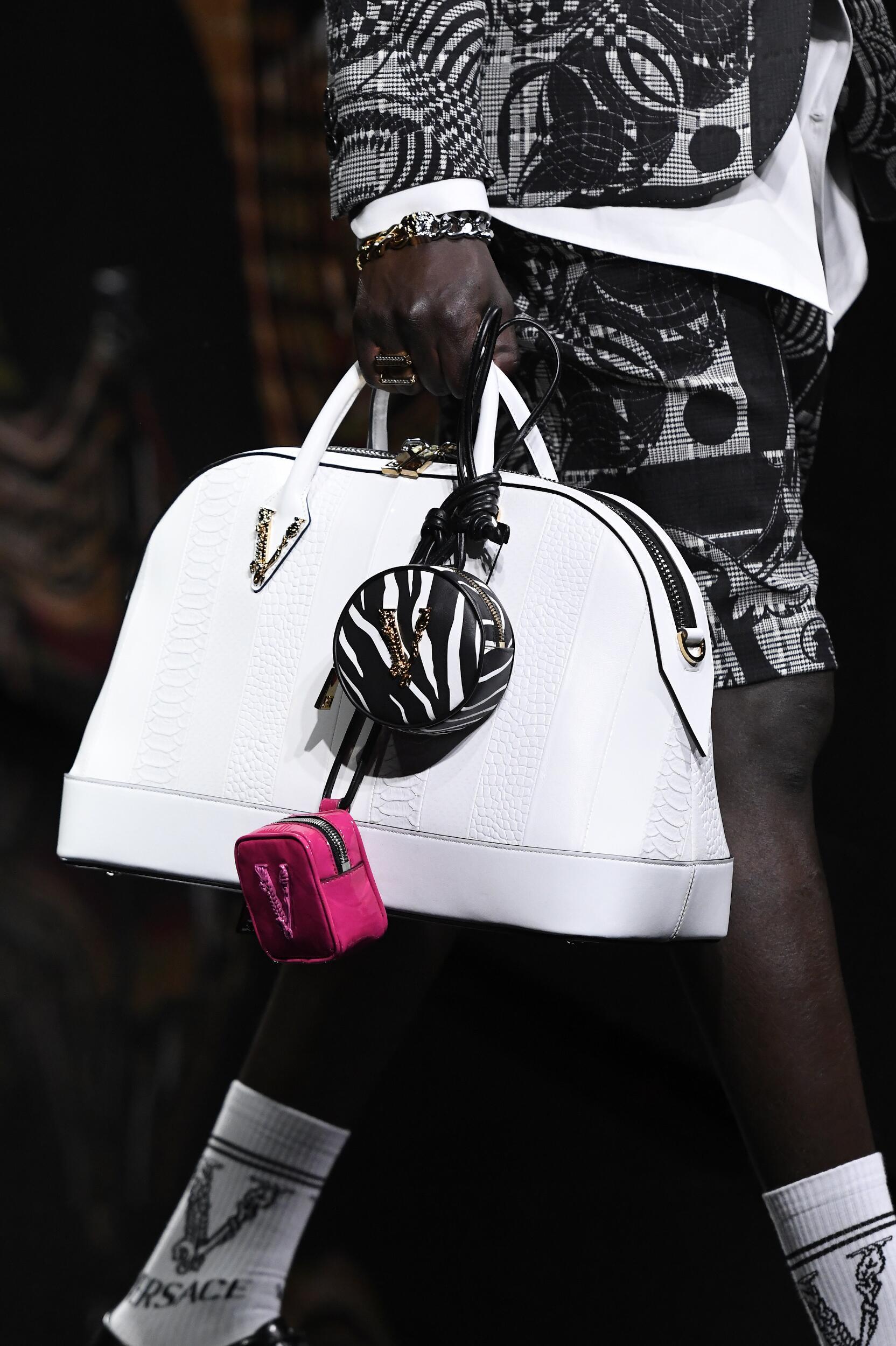 Detail Bag Man Versace