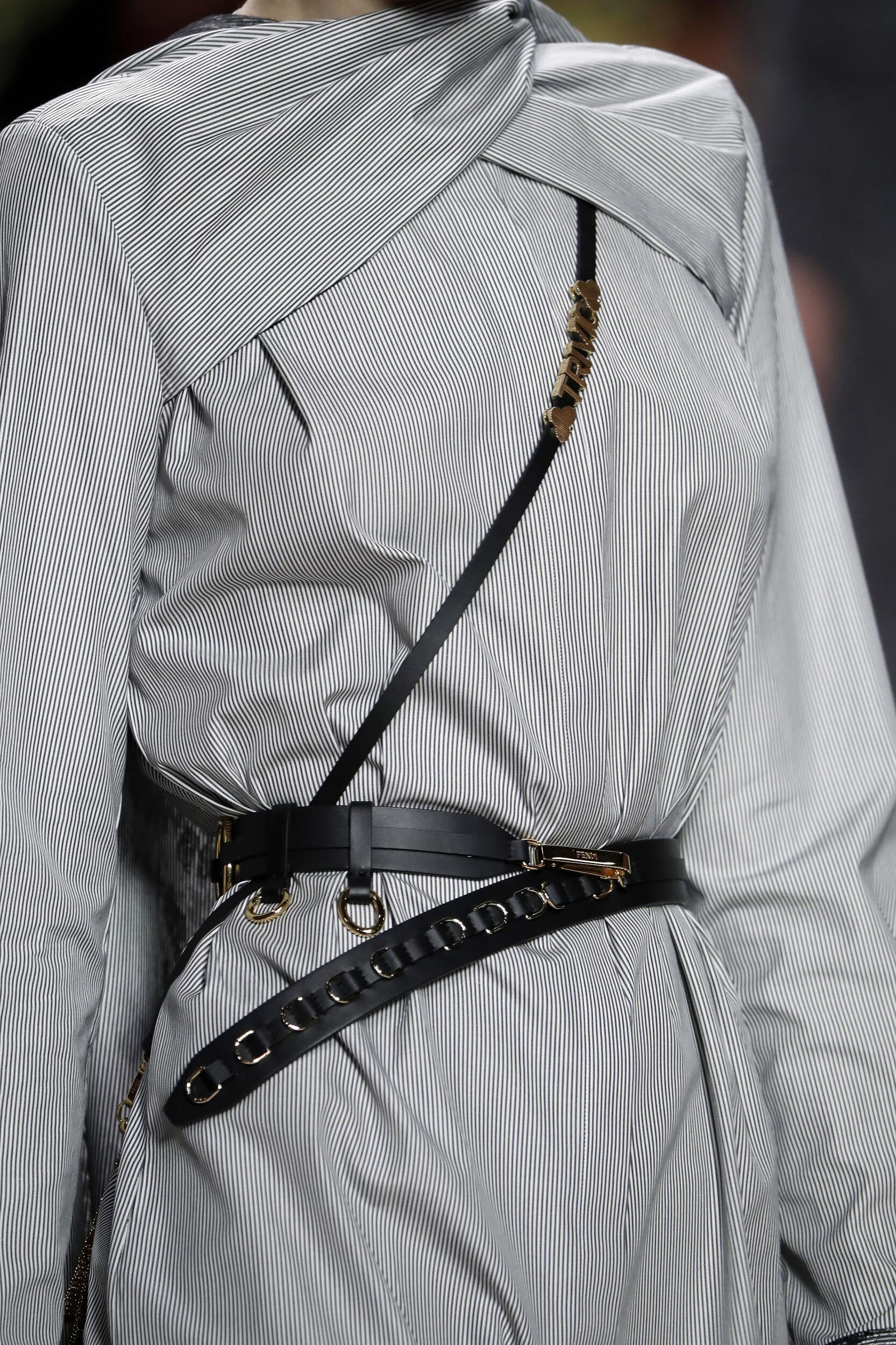 Detail Fendi Fall Winter 2020 Collection Milan Fashion Week