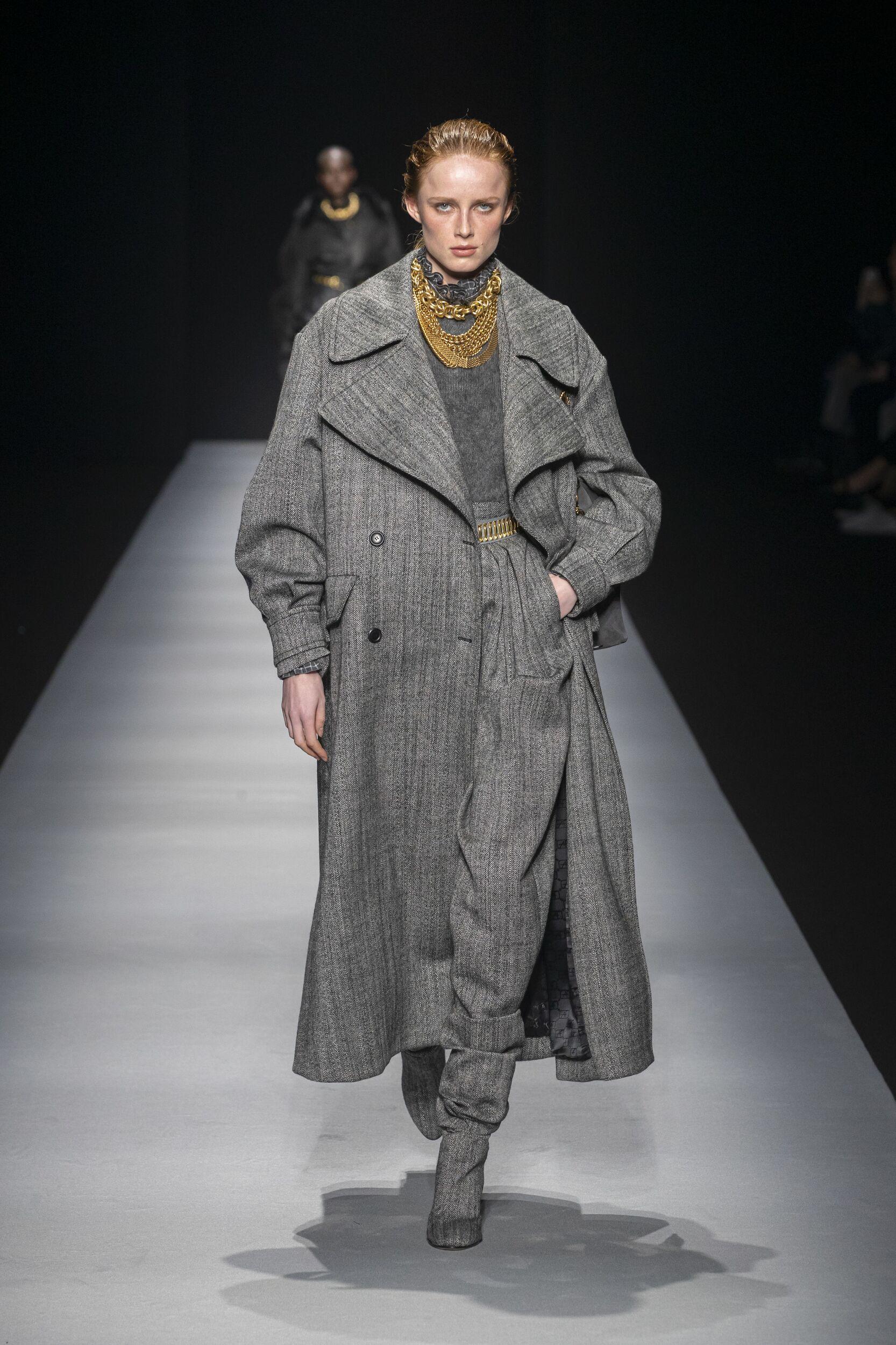 FW 2020-21 Fashion Show Alberta Ferretti
