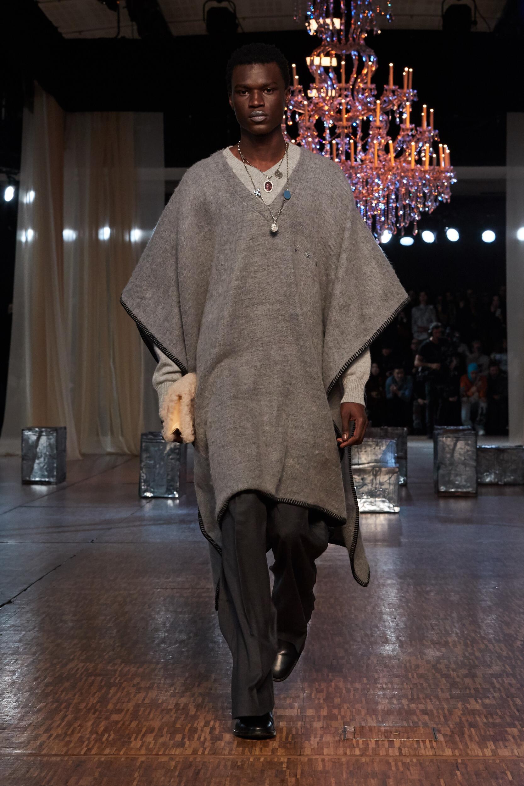FW 2020-21 Off White c/o Virgil Abloh Fashion Show