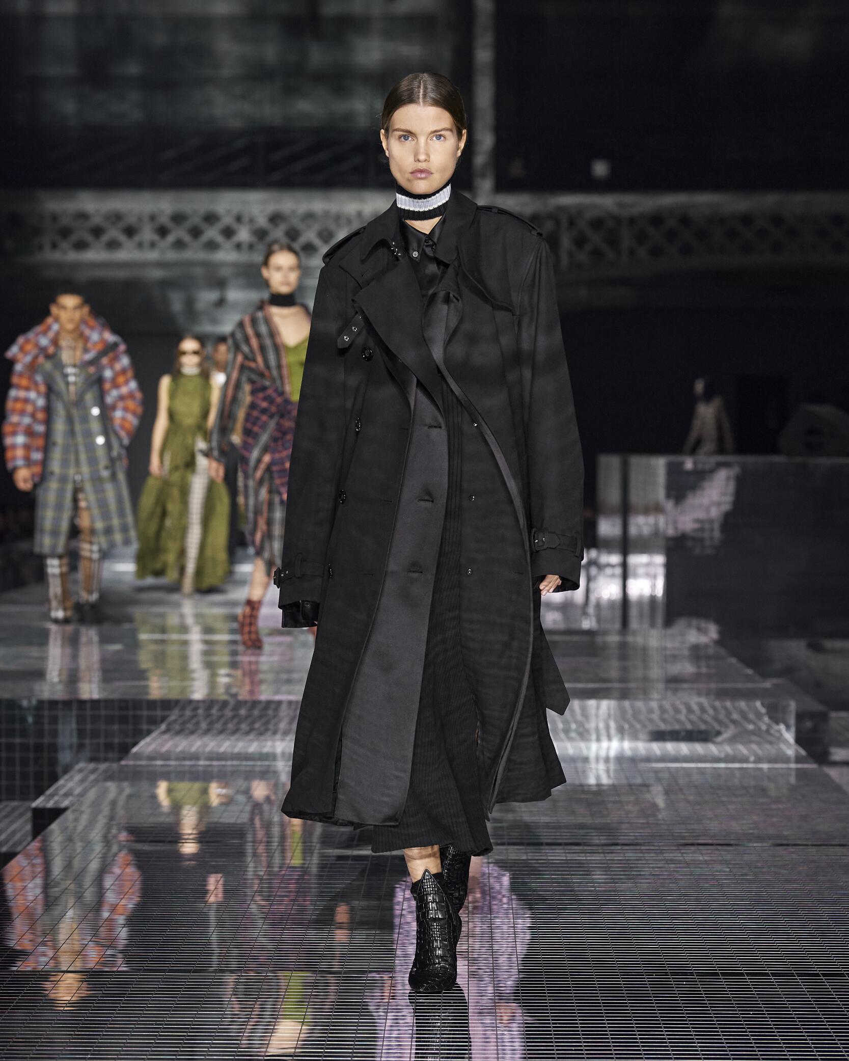 FW 2020 Burberry Show London Fashion Week Womenswear