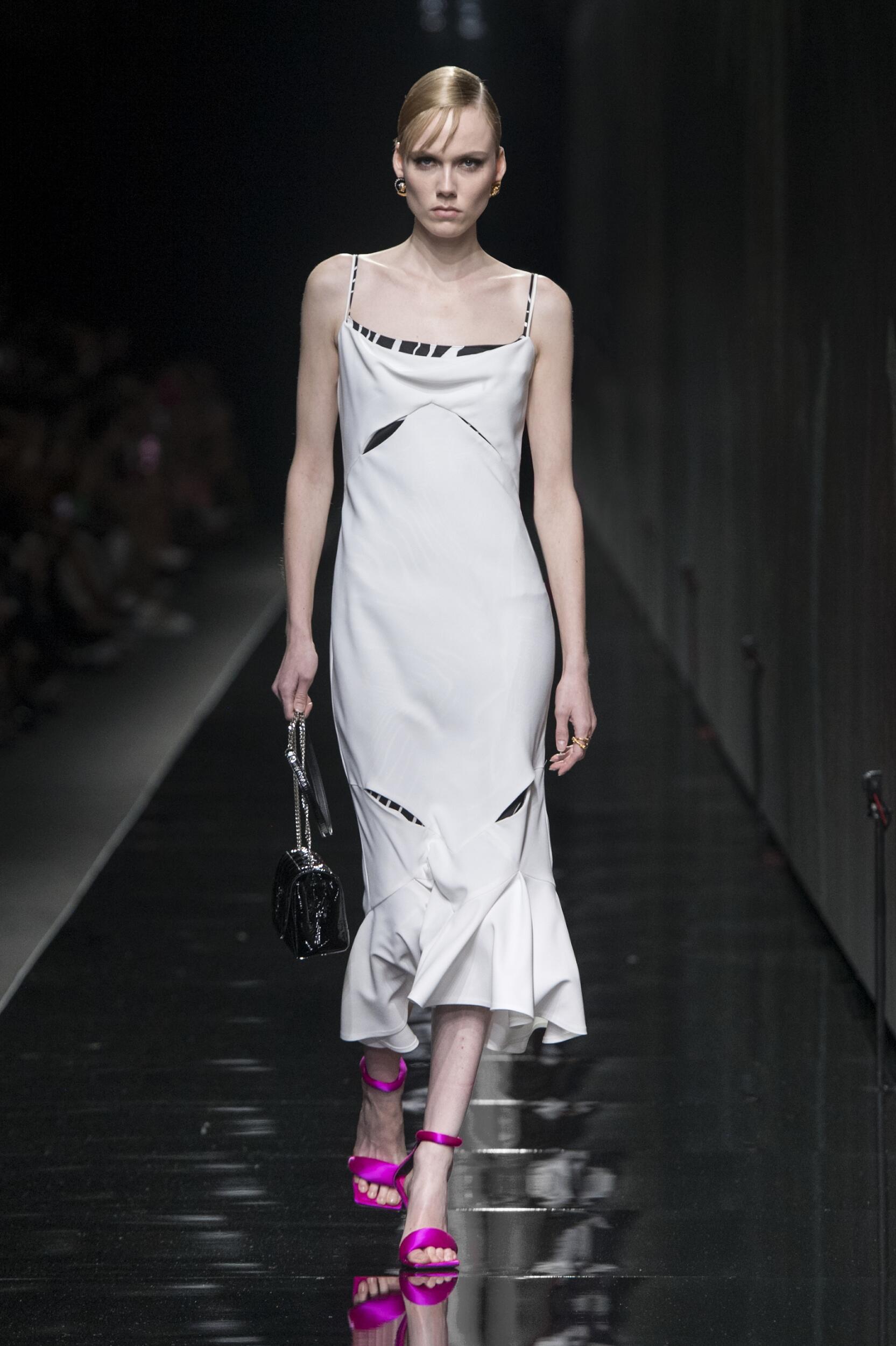 FW 2020 Versace Show Milan Fashion Week Womenswear