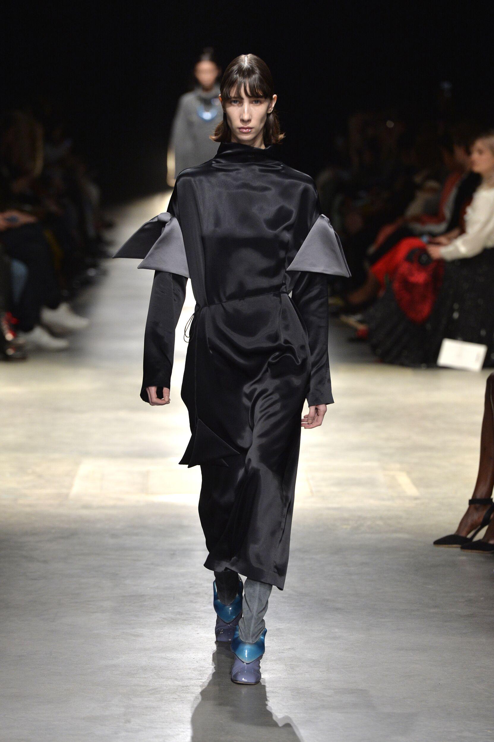 Fall Fashion 2020 Christopher Kane