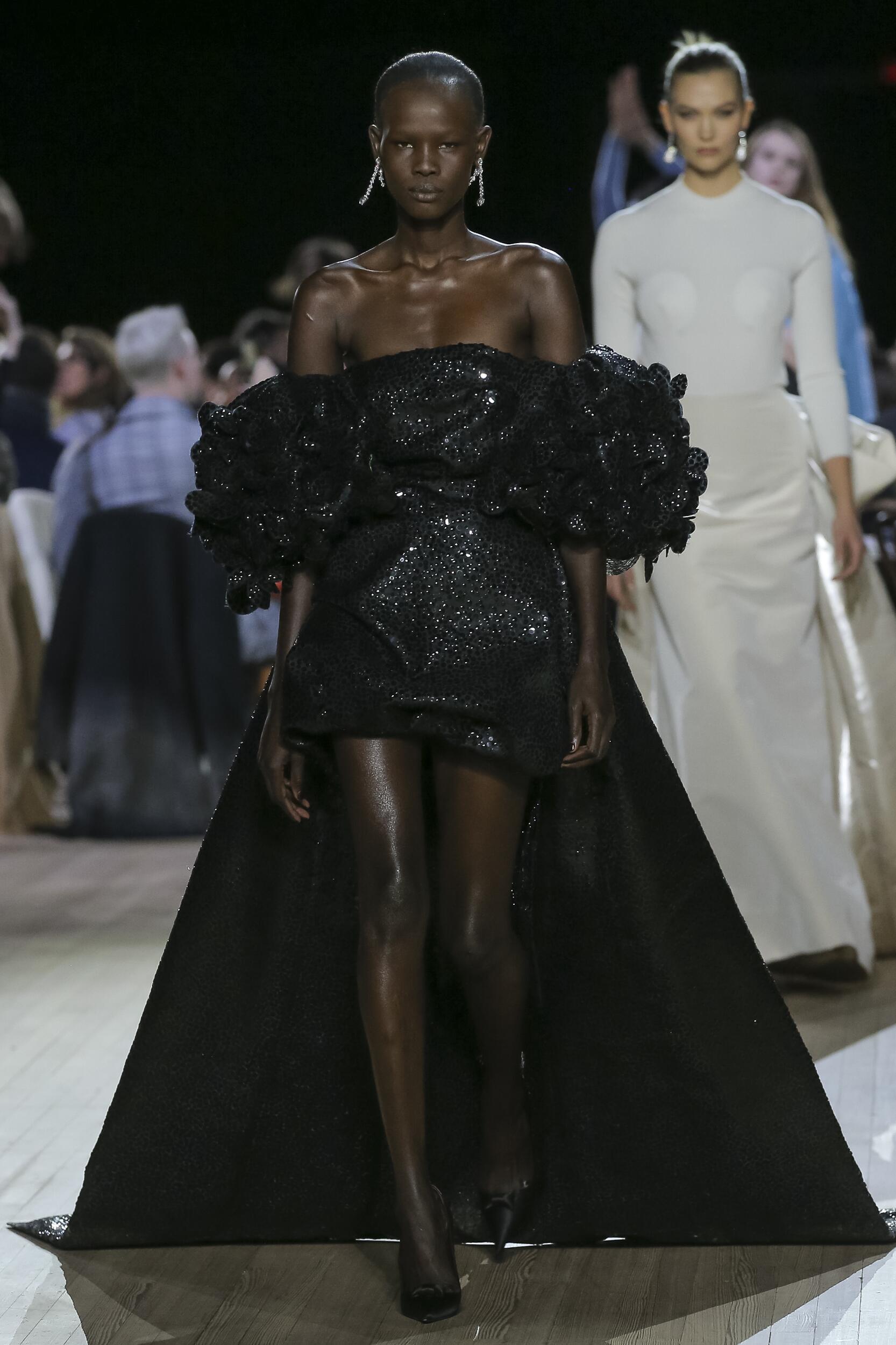 Fashion 2020-21 Runway Marc Jacobs Winter Woman