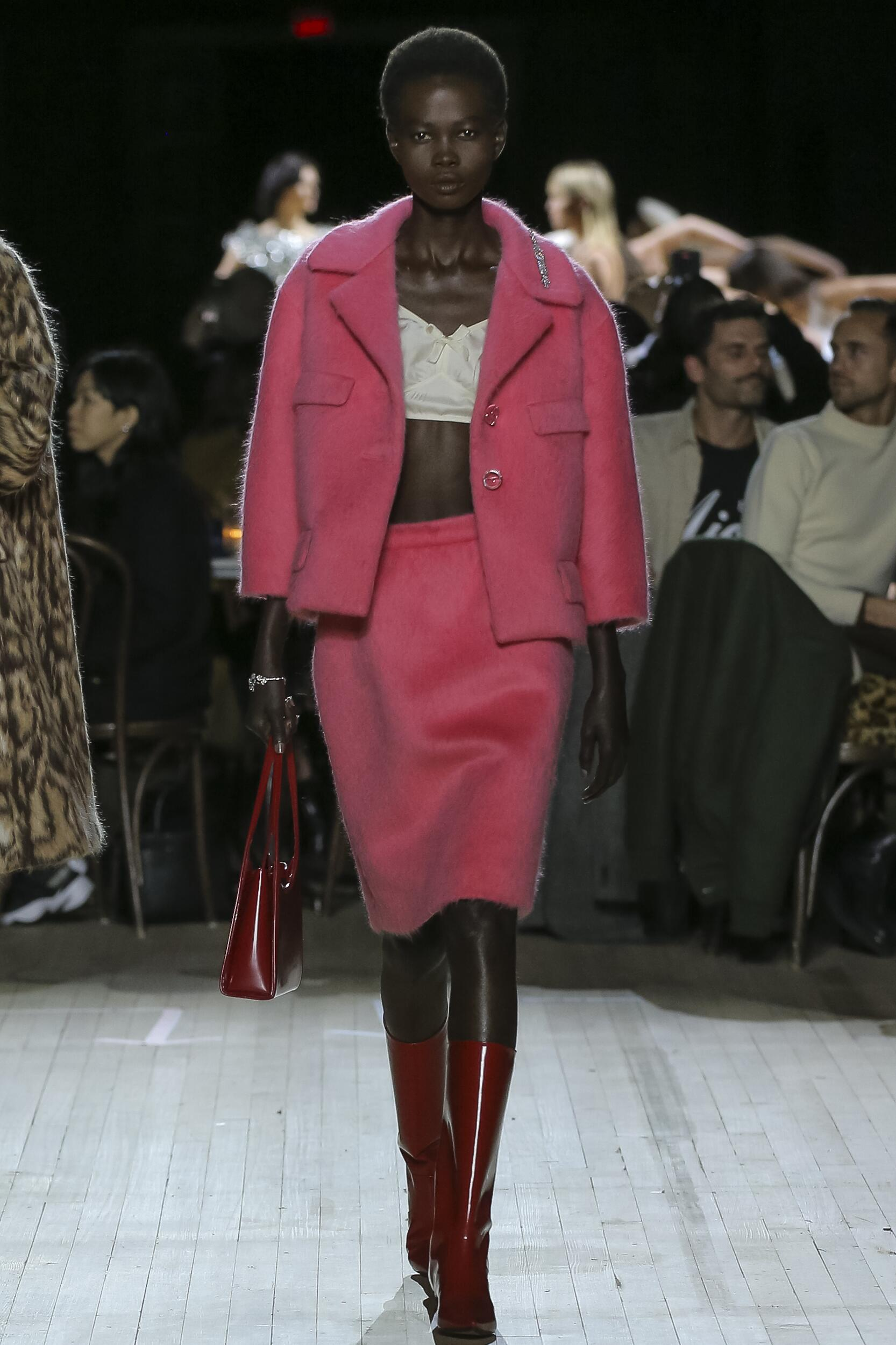 Fashion 2020 Catwalk Marc Jacobs Winter Womens Collection