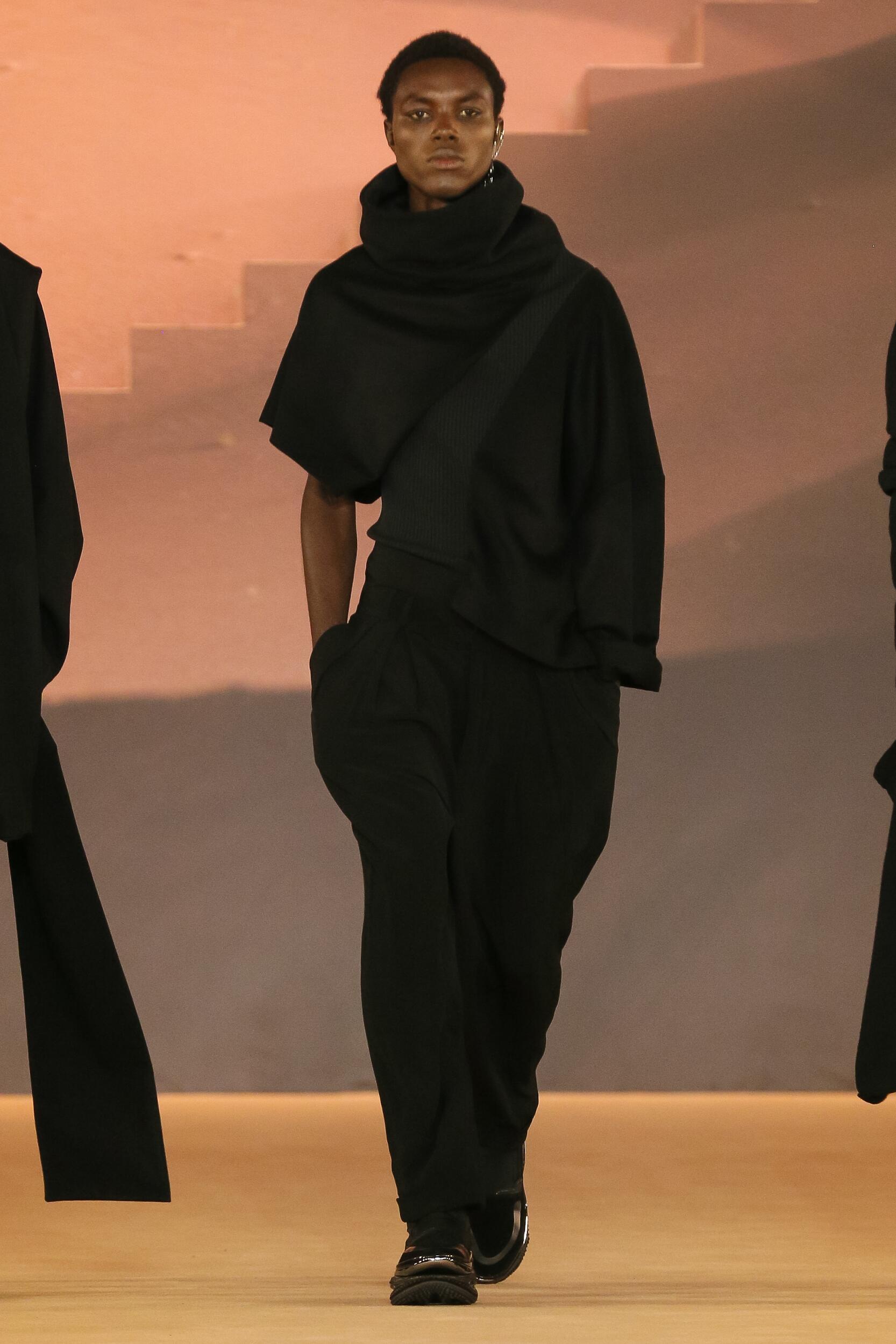 Fashion 2020 Runway Balmain Winter Man