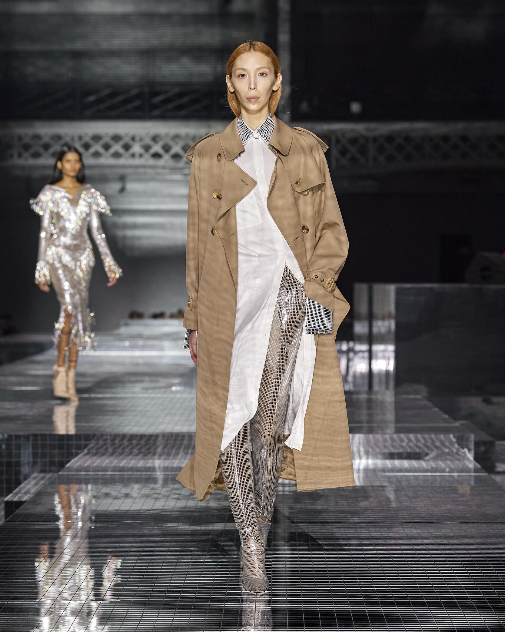 Fashion 2020 Runway Burberry FW