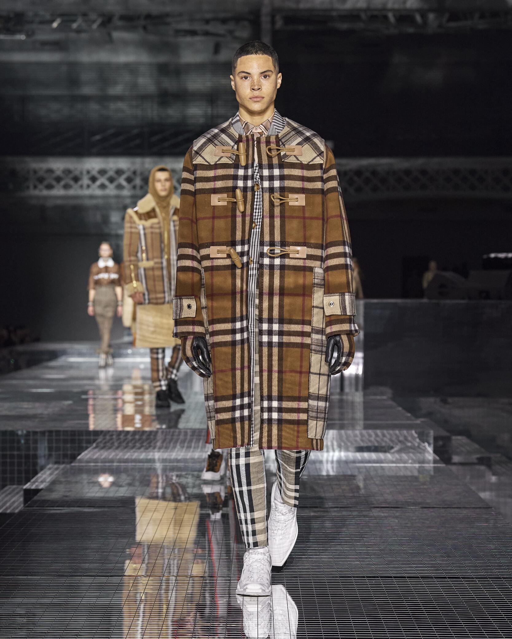 Fashion 2020 Runway Man Burberry Winter